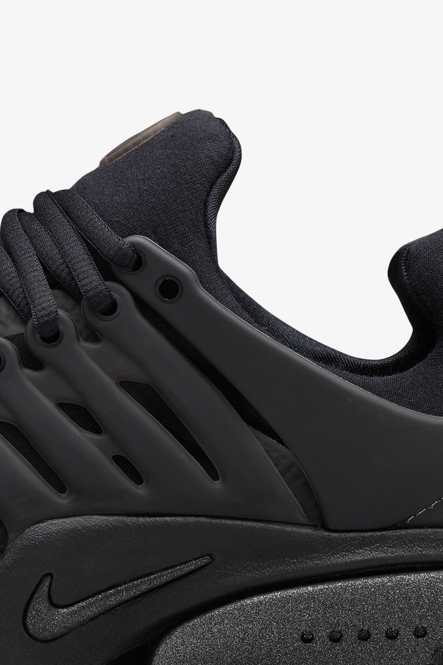 Nike Air Presto 'Tech Fleece Triple Black' Release Date