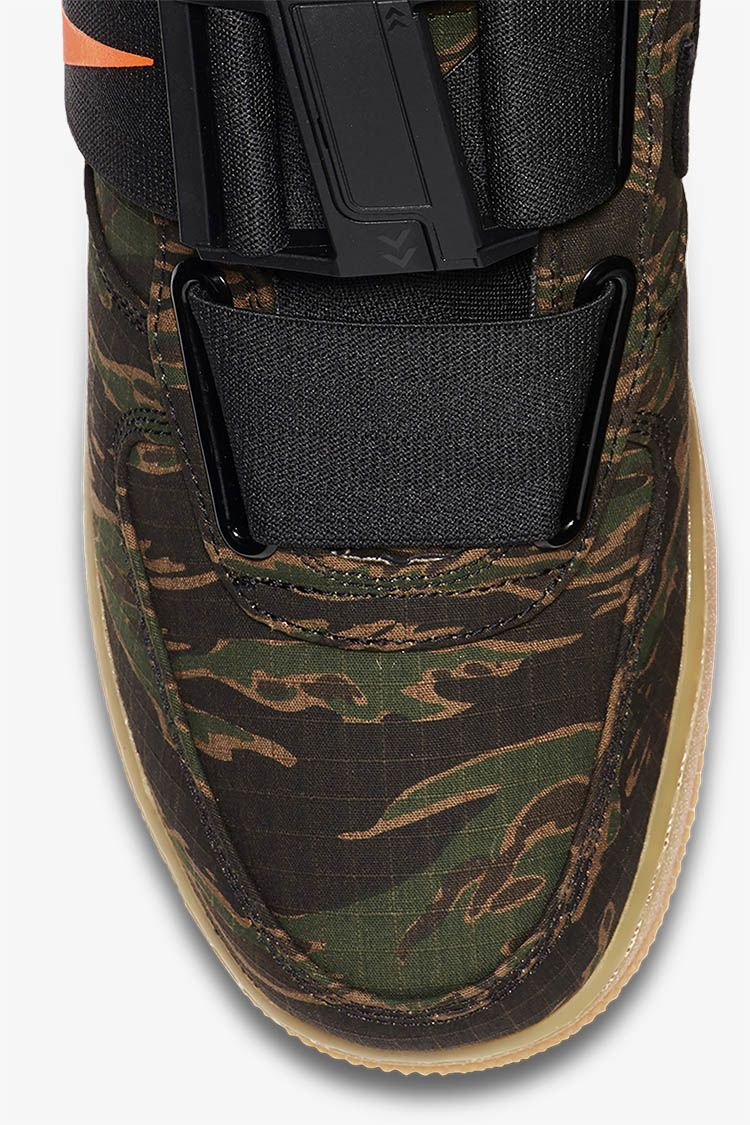 Air Force 1 Utility Low Premium Carhartt WIP  Camo Green   Gum Light Brown   cf36349a1