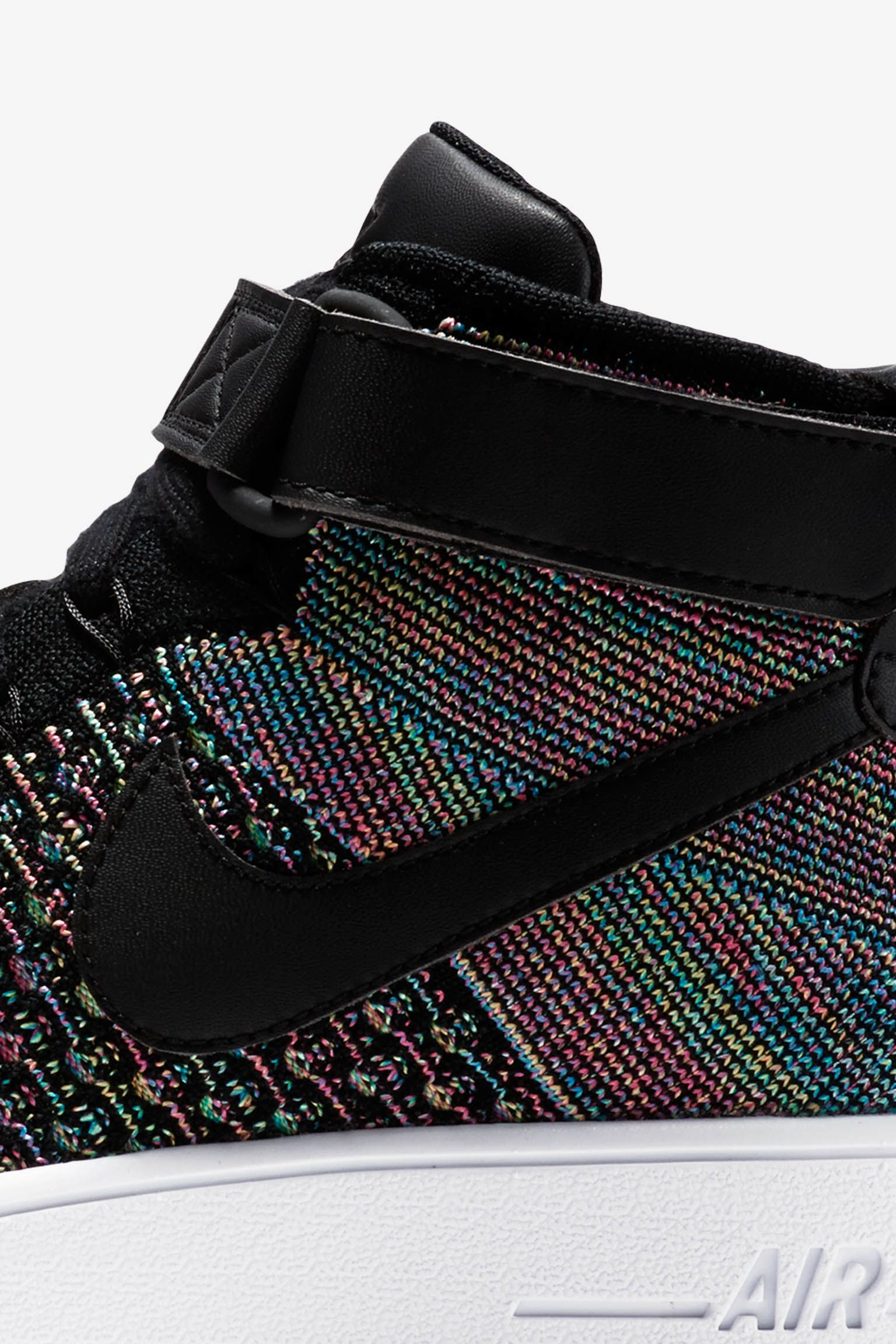 Nike Air Force 1 Ultra Flyknit Mid 'Black & Pink Blast'