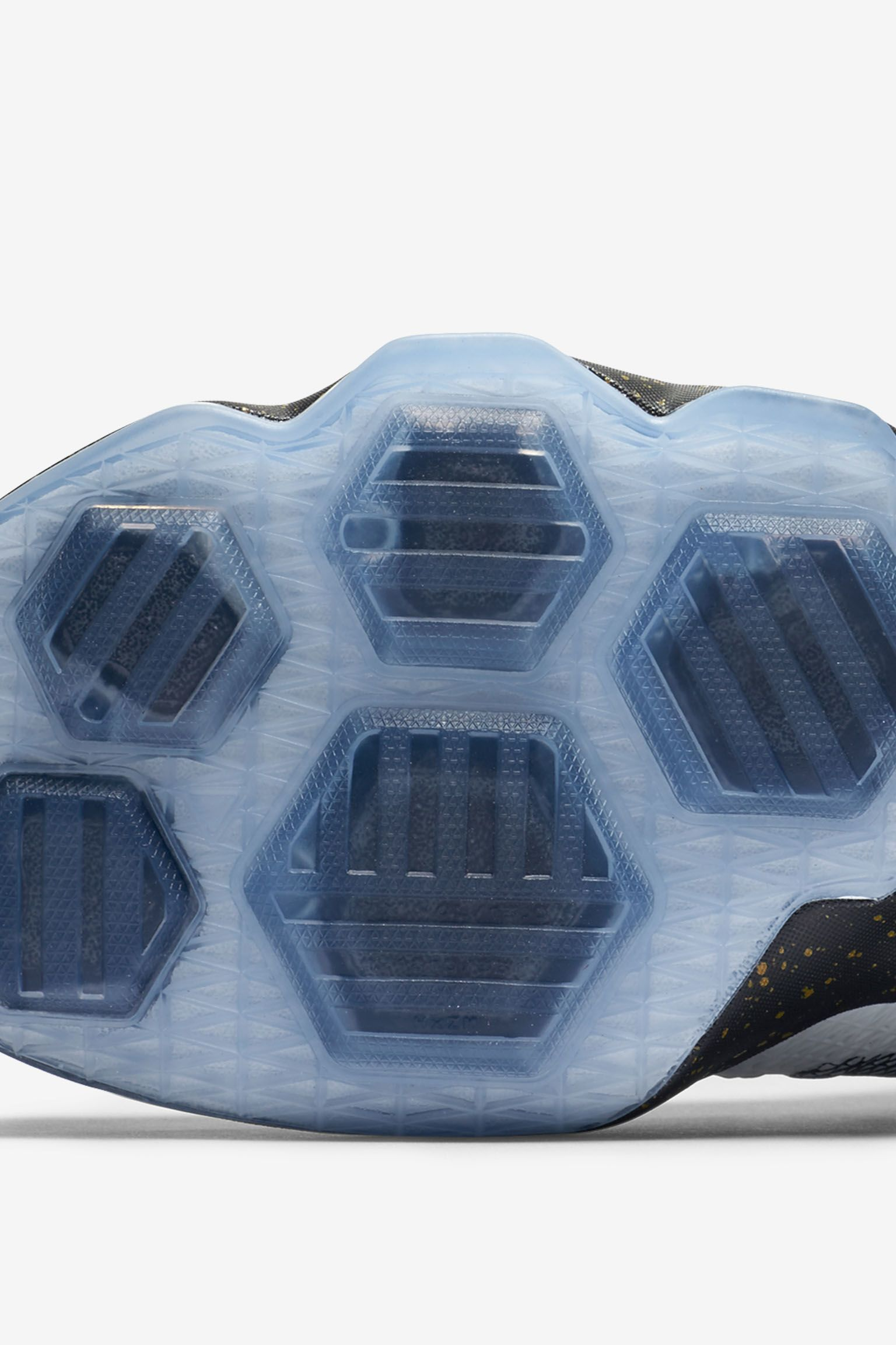 Nike Lebron 13 Elite 'Championship Ready' Release Date