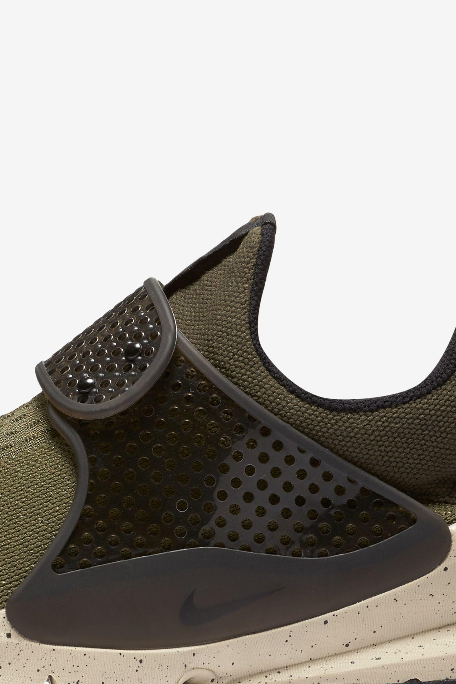 Nike Sock Dart 'Cargo Khaki' Release Date