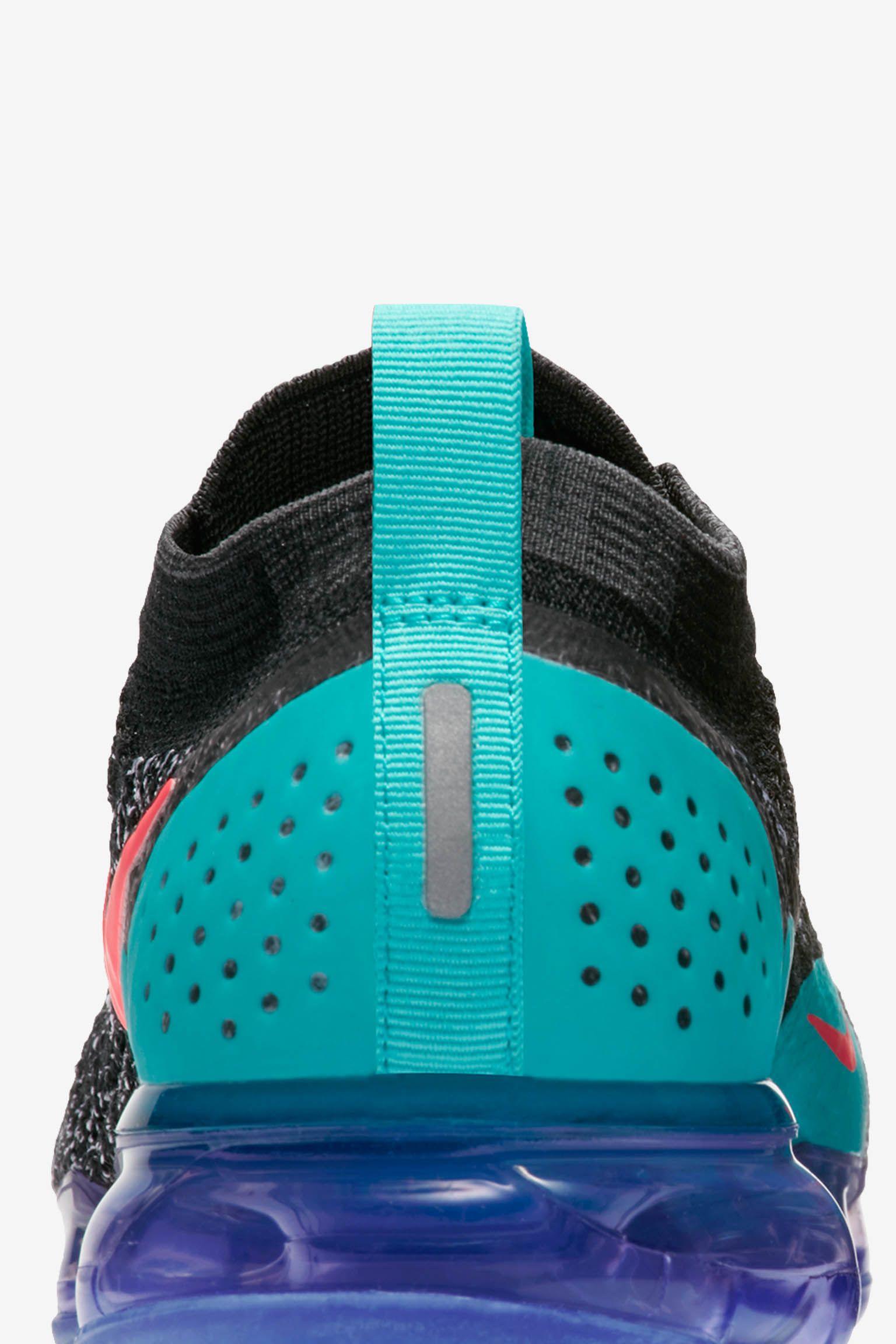 Nike Women's Air Vapormax Flyknit 2 'Black & Hot Punch' Release Date
