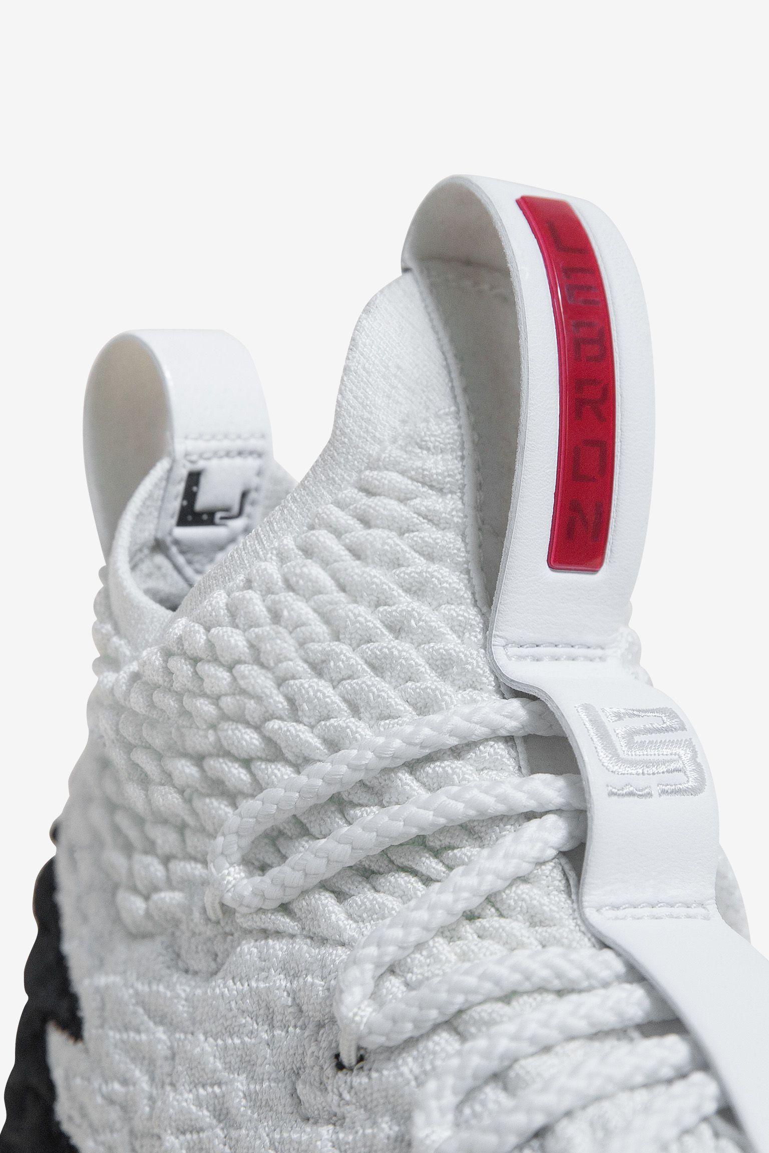 Nike Lebron 15 LeBron Watch  Air Zoom Generation . Nike+ SNKRS c4e5ef4dee10