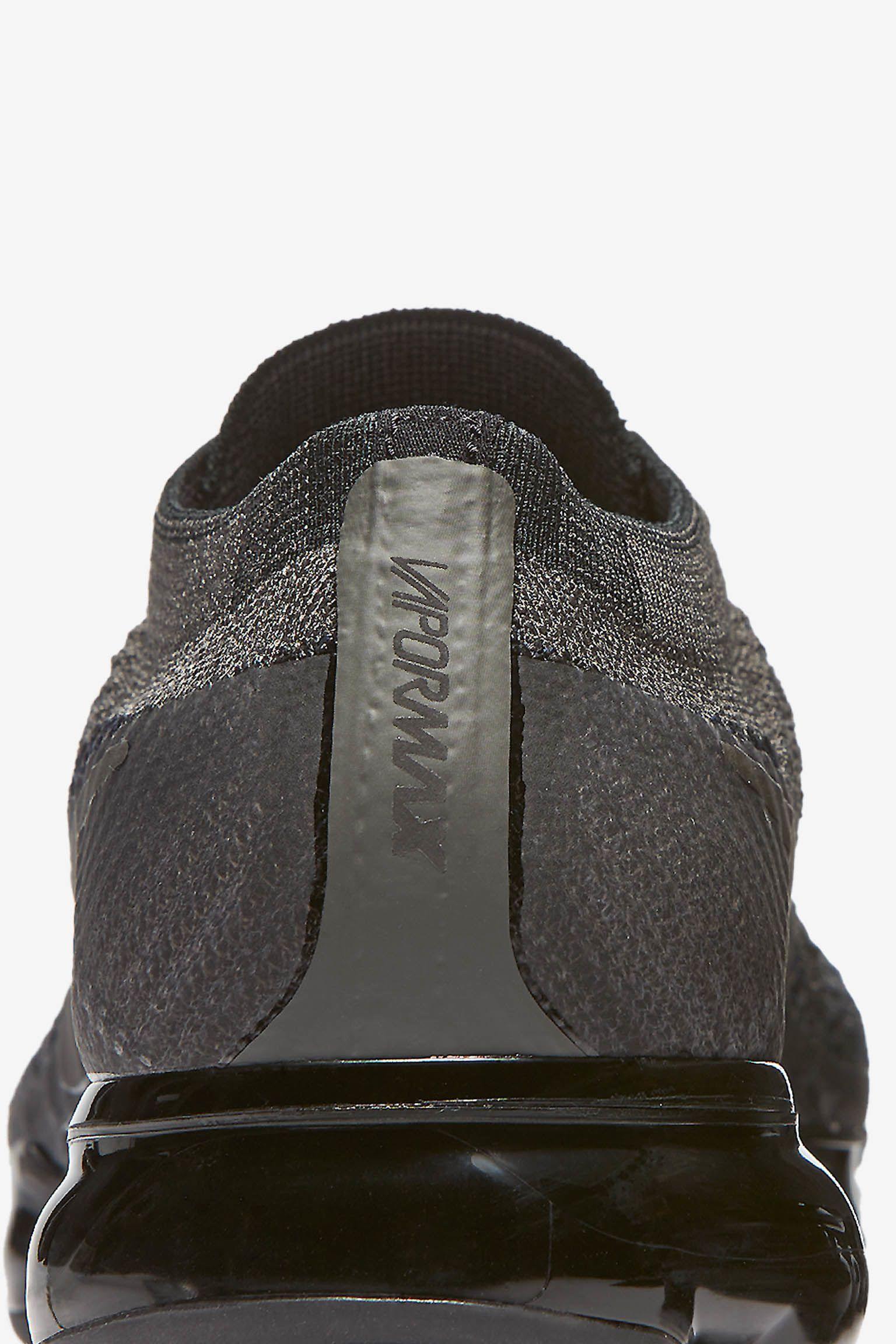 Nike Women's Air Vapormax 'Midnight Fog & Black' Release Date