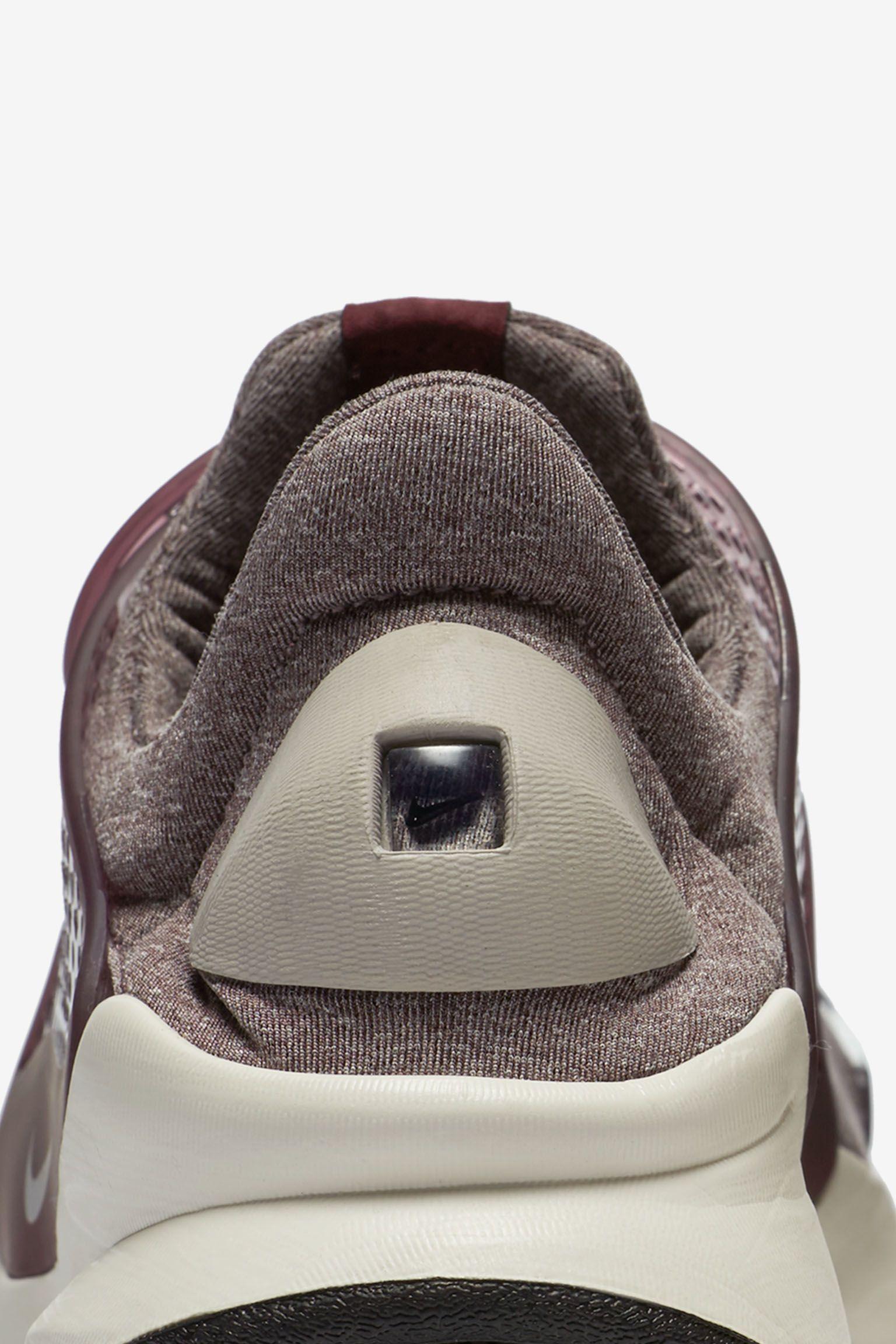 "Buty damskie Nike Sock Dart ""Night Maroon"""