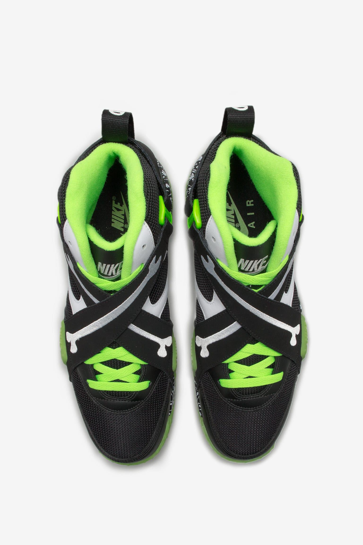 Inside the Vault: Nike x LAIKA Nike+ Launch ES ES