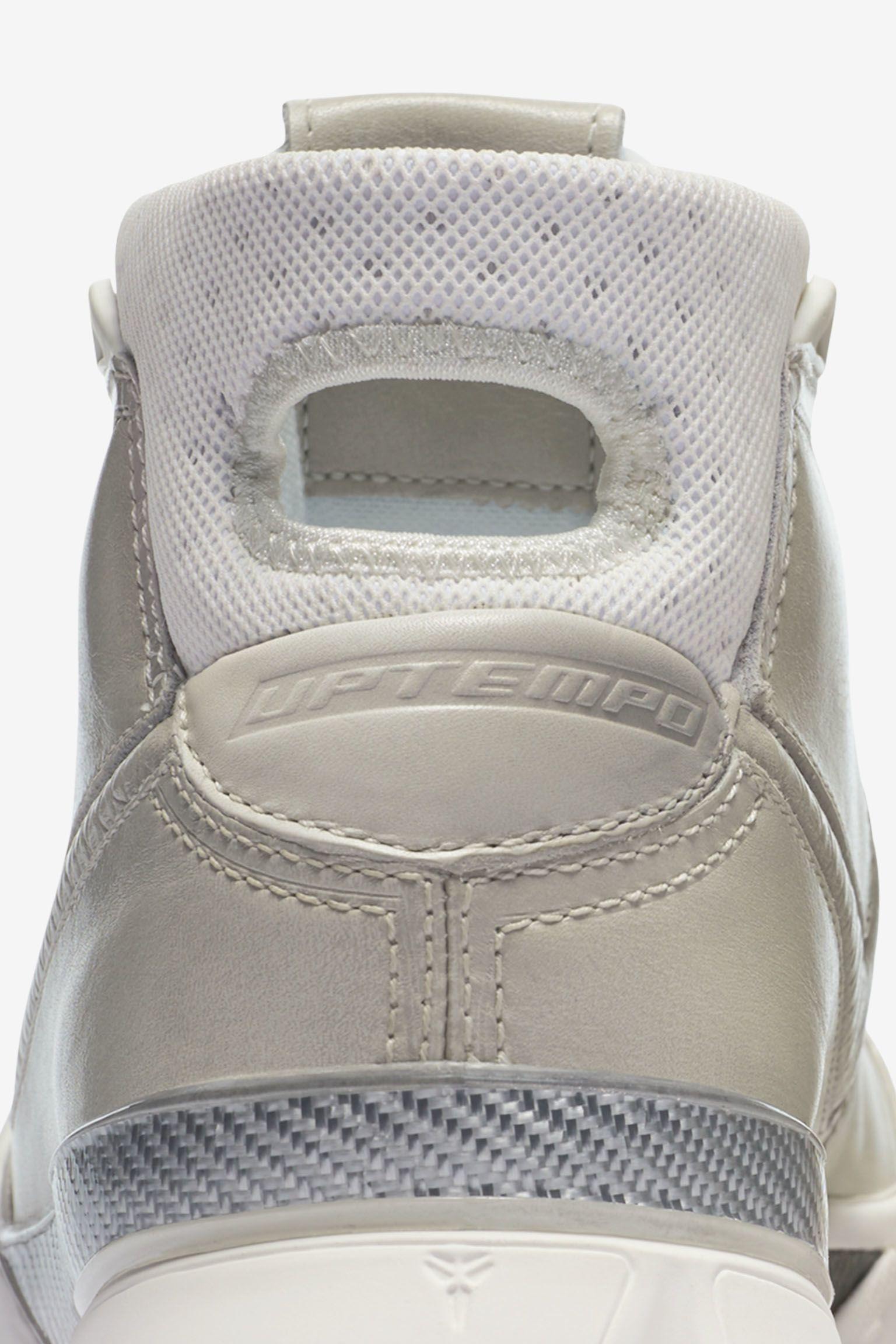 Nike Zoom Kobe 1 'Black Mamba' Release Date