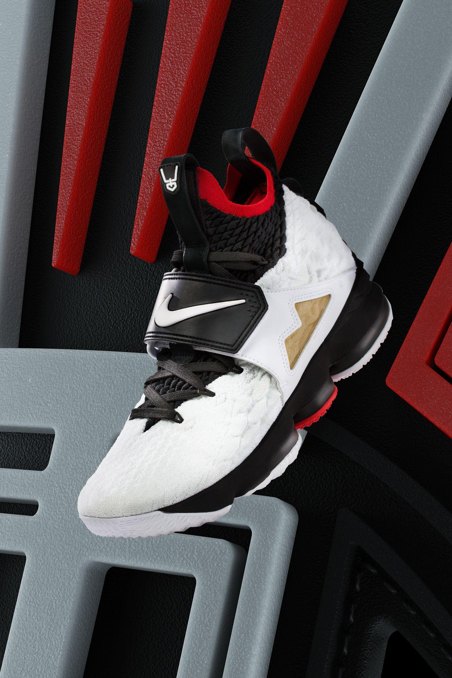 pretty nice 1ce34 5cacc Nike LeBron 15 LeBronWatch Ken Griffey Jr. AR5126 001