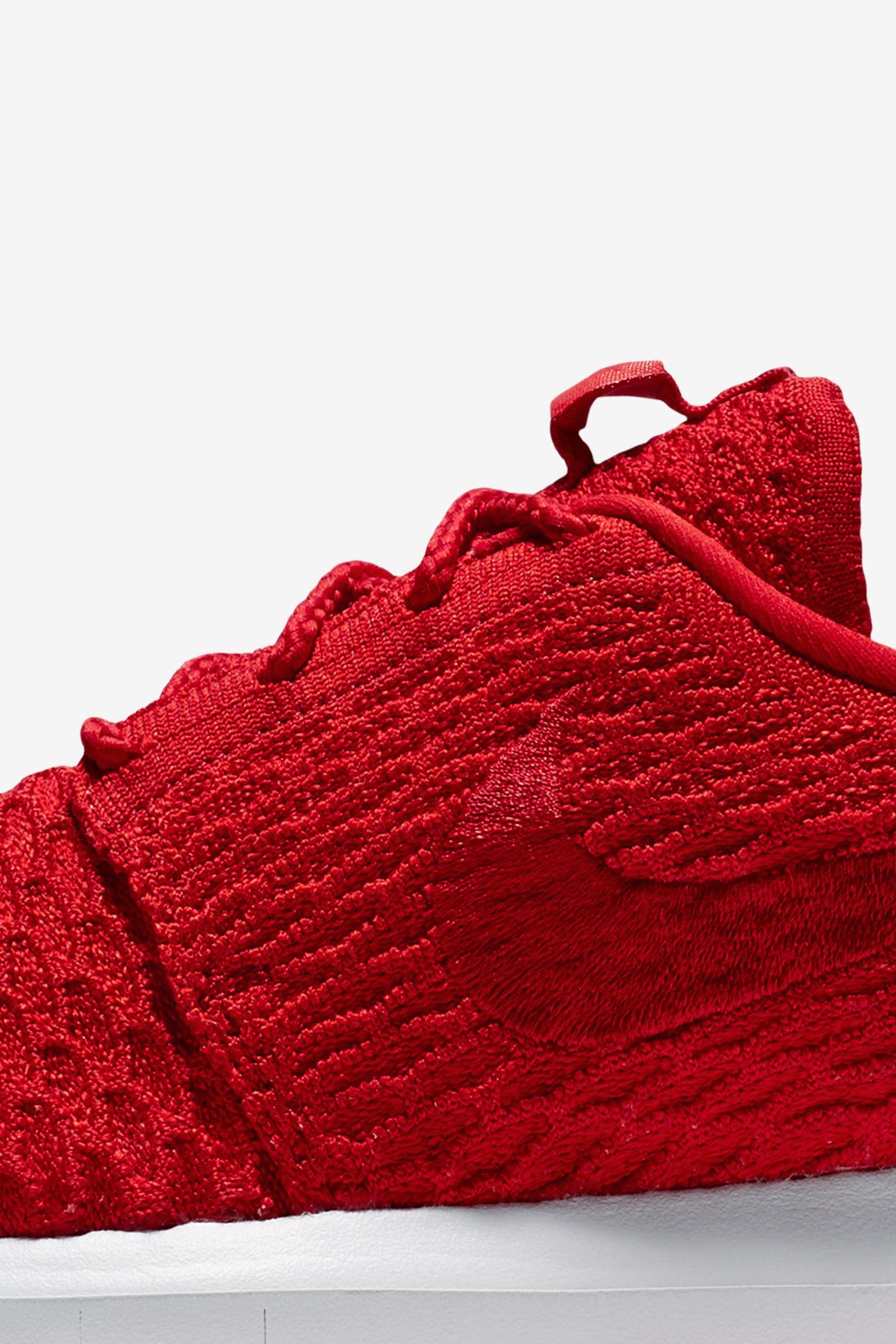 Nike Roshe NM Flyknit 'University Red'