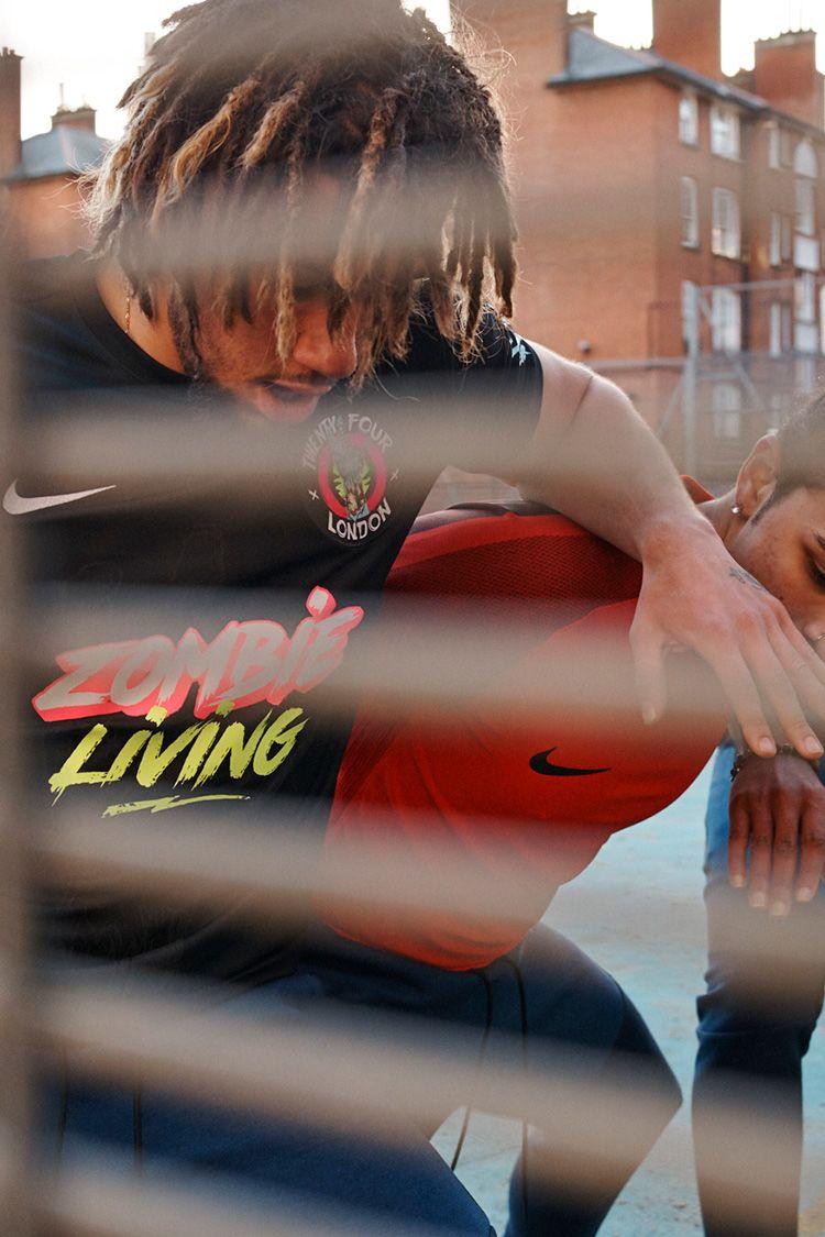 Nike By 24 London 合作球衣