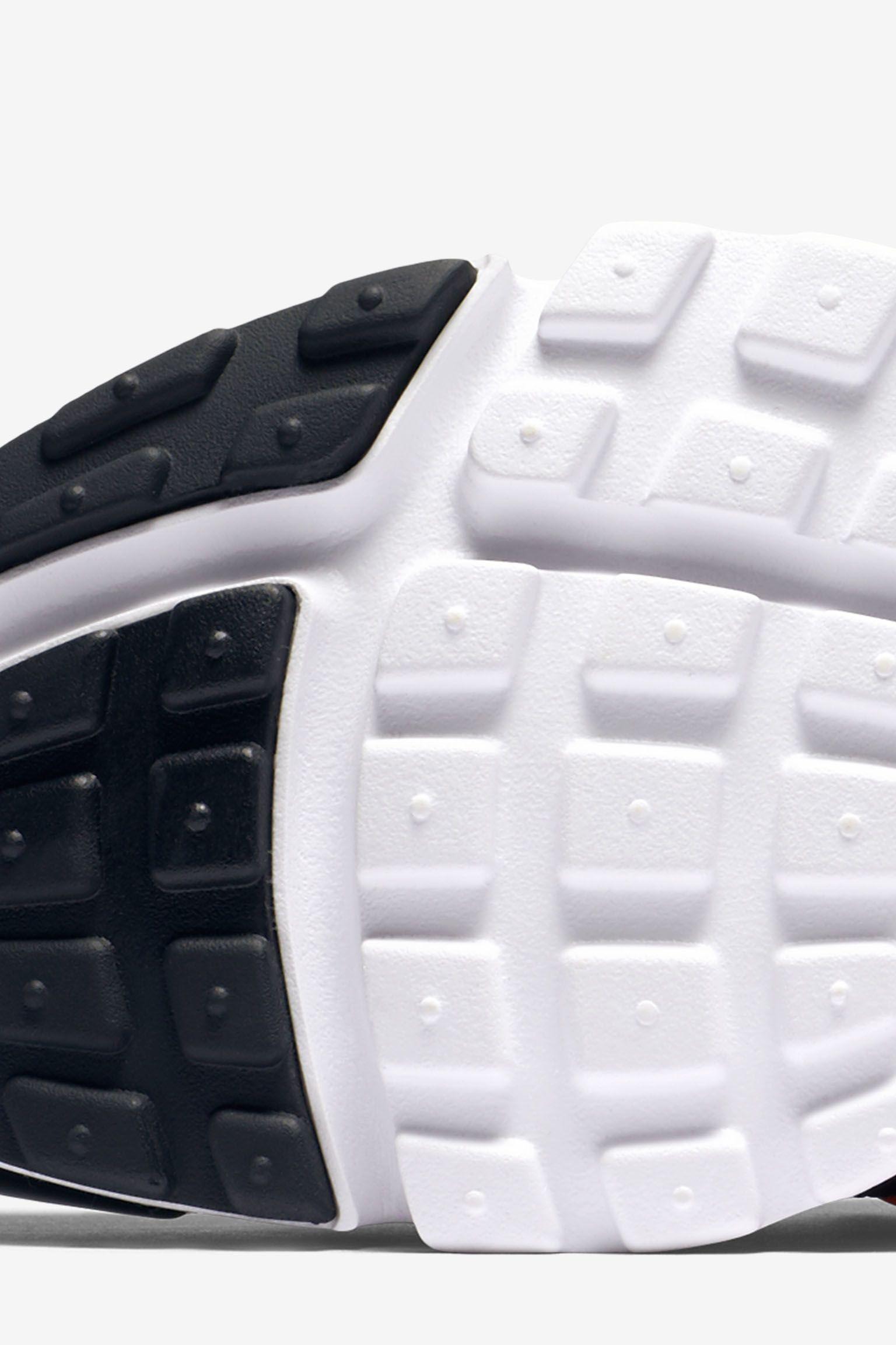 Nike Air Presto Ultra Flyknit 'Bright Crimson' Release Date
