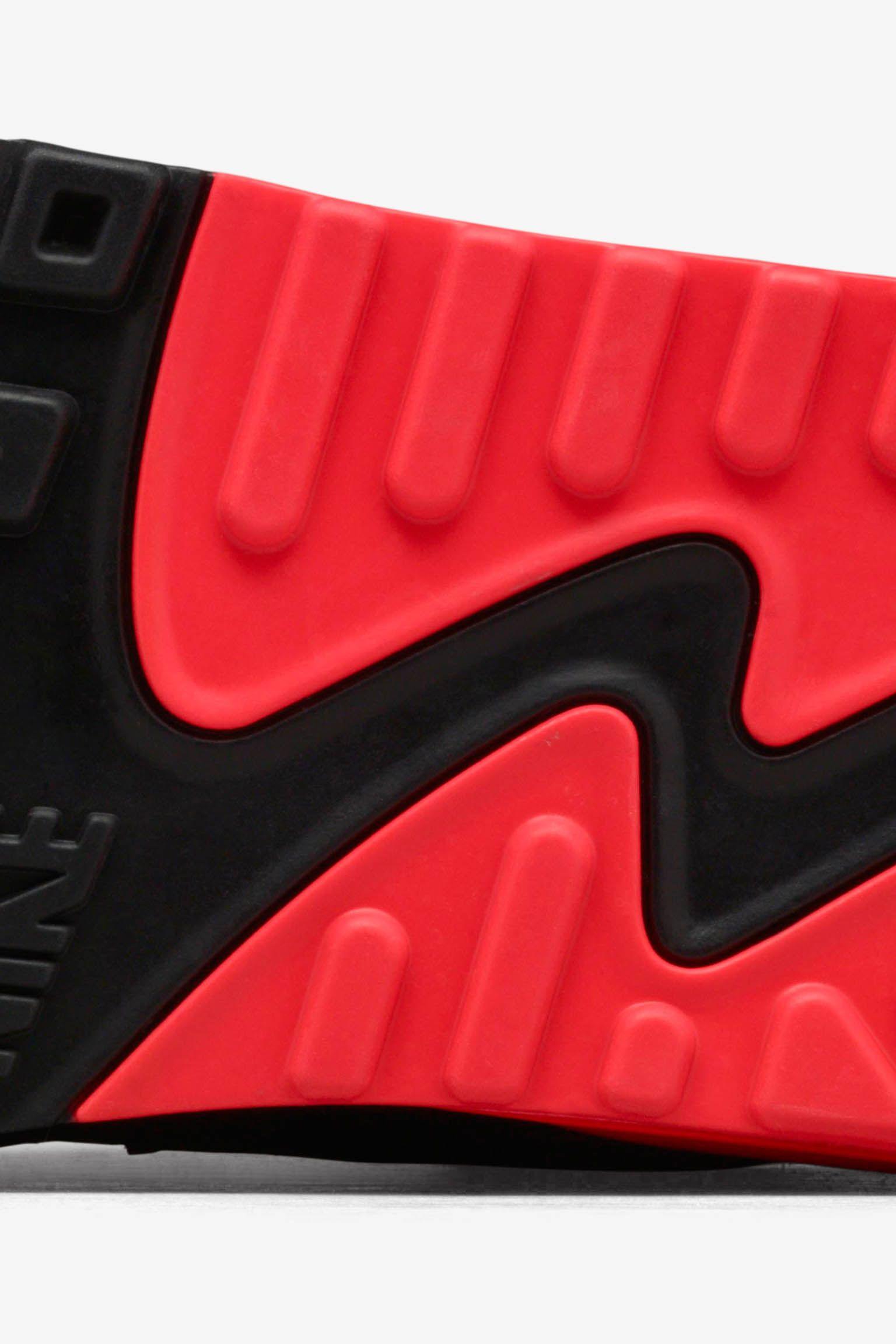 Nike Air Max 90 'Infrared'