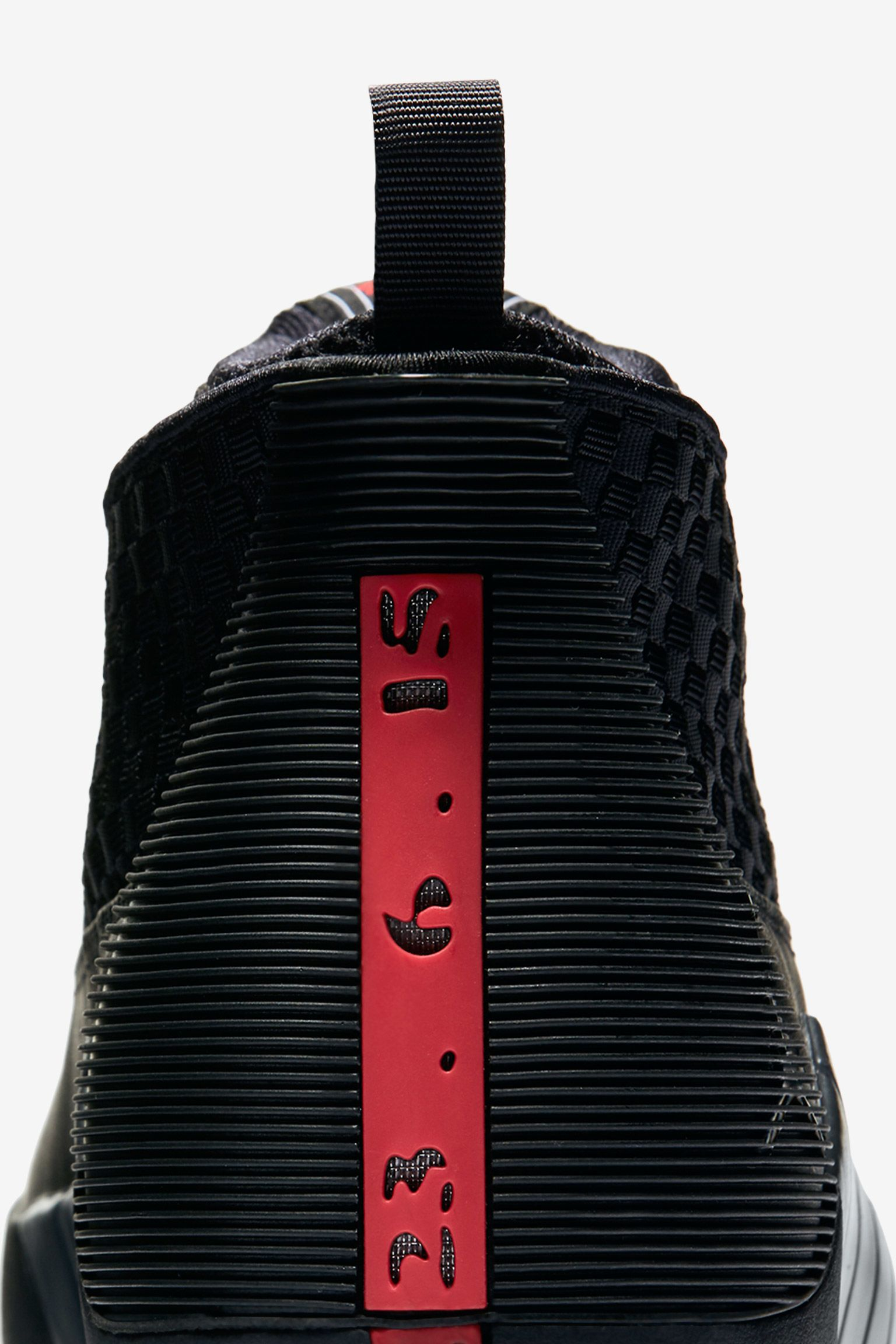 Air Jordan 15 Retro OG 'Black & Varsity Red'