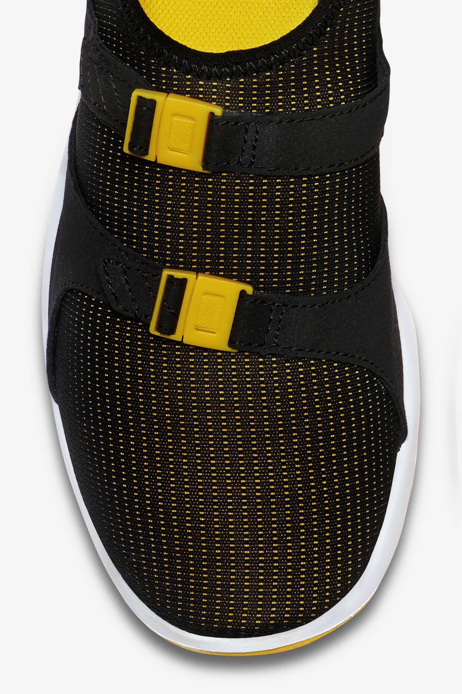 Nike Air Sock Racer OG 'Black & Tour Yellow'