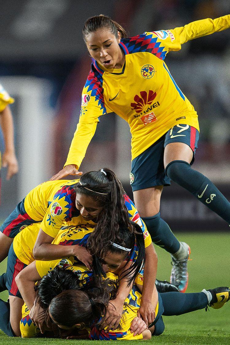 Club América 2017/18 3rd Kit