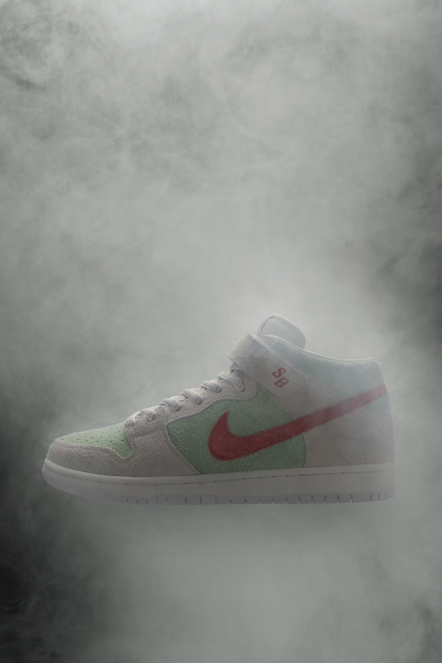 Nike SB Dunk Mid Pro Todd Bratrud 'White Widow' Release Date