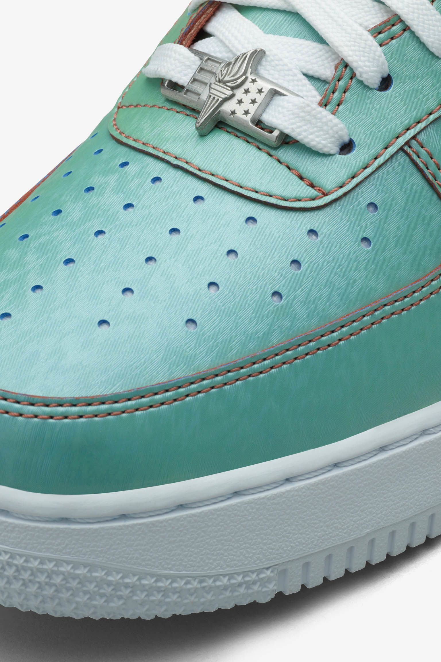 Nike Air Force 1 Low 'Lady Liberty'