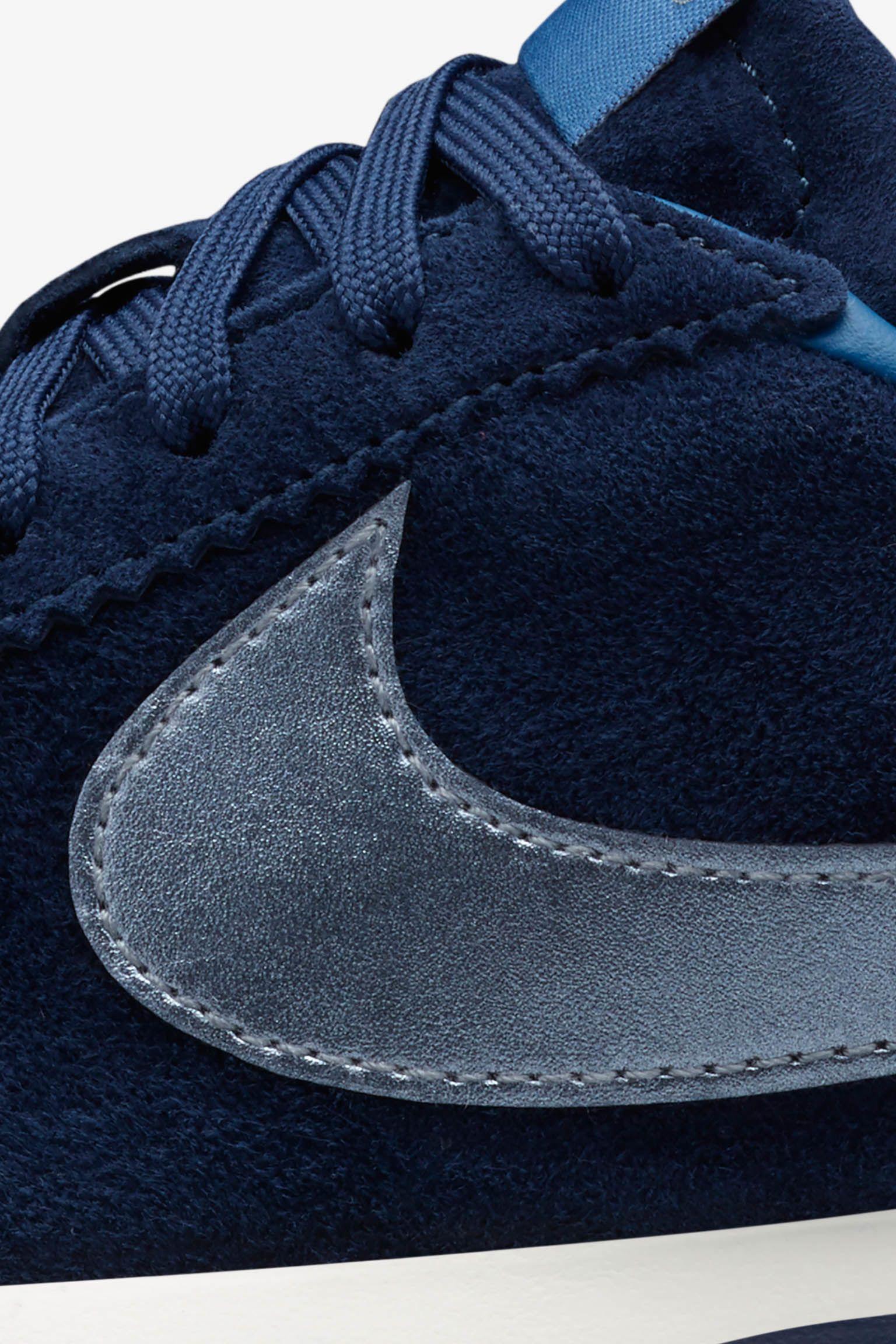 Women's Nike Roshe Cortez Premium Suede 'Midnight Navy'