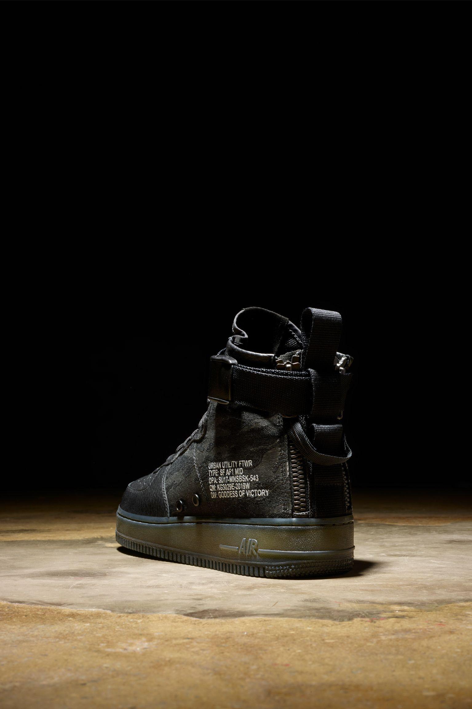 detailed look 0eff3 866d9 Nike SF AF1 Mid 'Black & Cargo Khaki'. Nike+ Launch GB