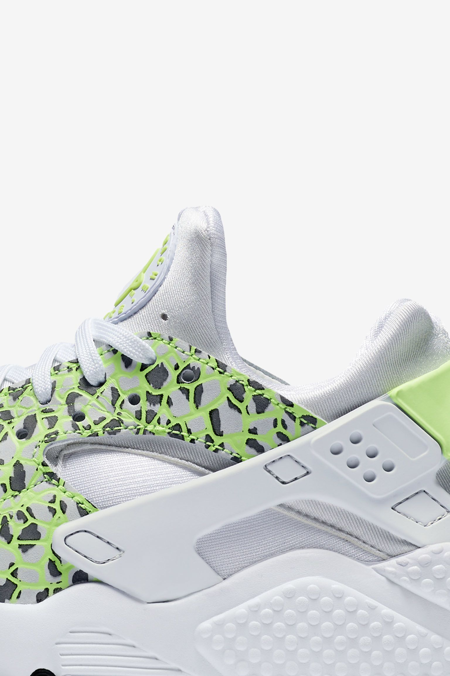 Women's Nike Air Huarache Run 'Ghost Green'