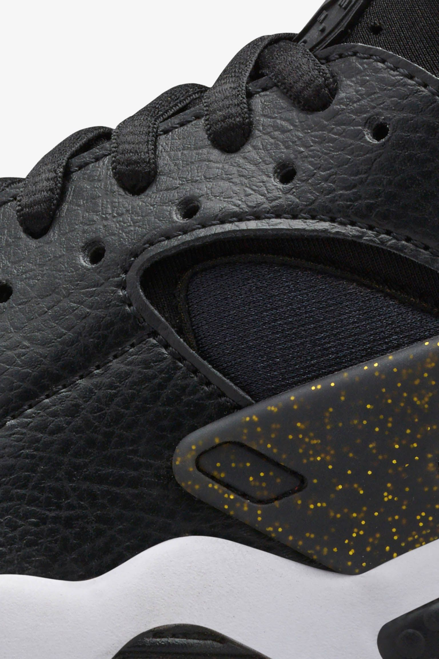 Women's Nike SB50 Air Huarache Run 'Black & Gold'