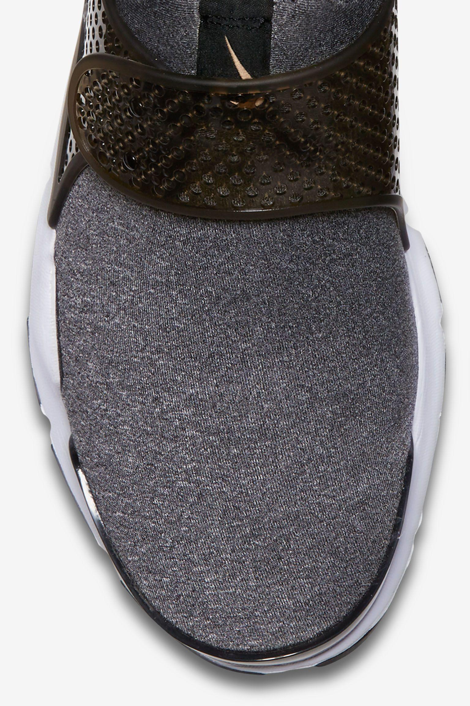 Women's Nike Sock Dart 'Vanchetta Tan'
