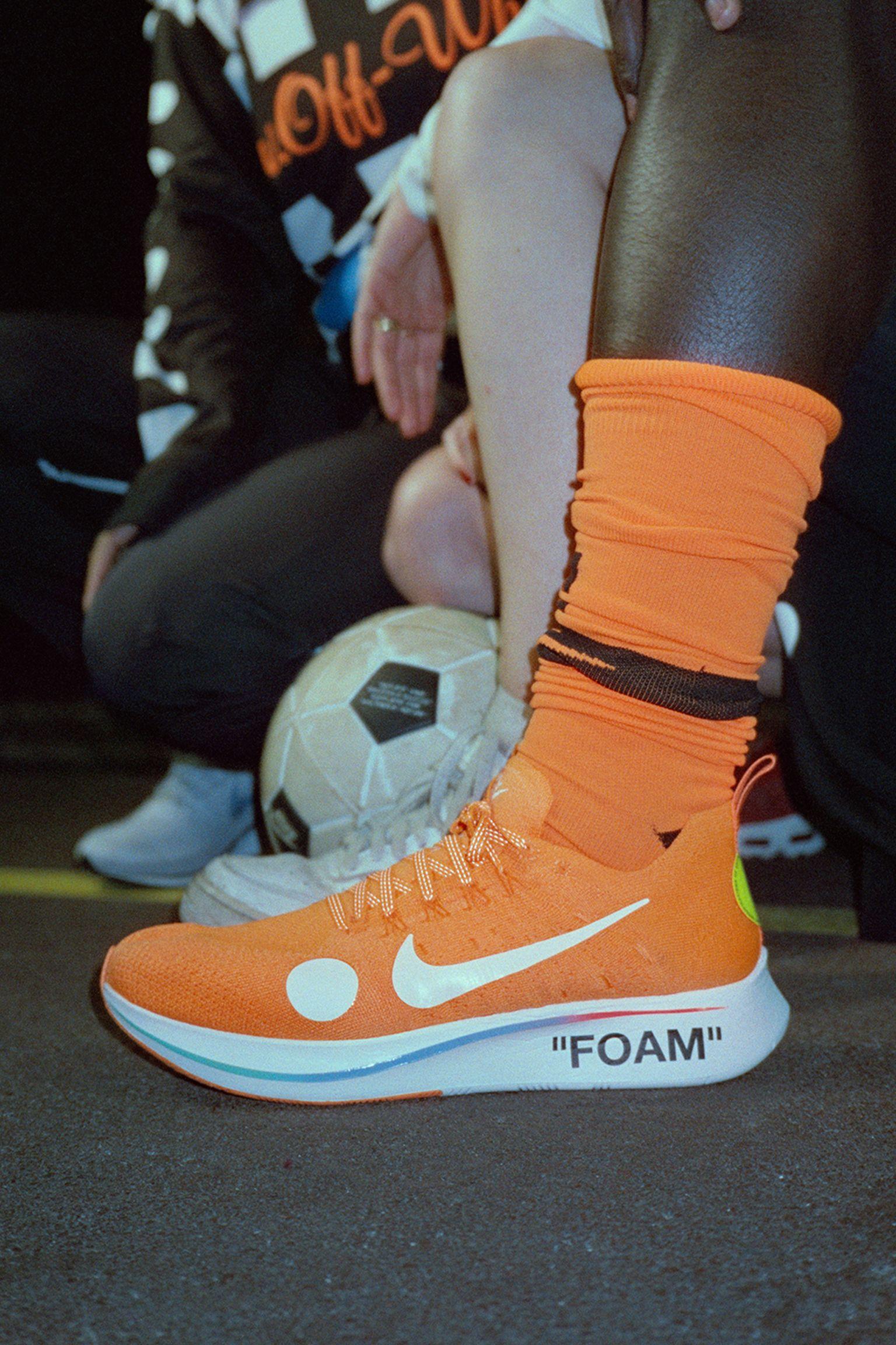 Nike Zoom Fly Mercurial Flyknit Off-White  Total Orange   Volt ... c327d42ecd