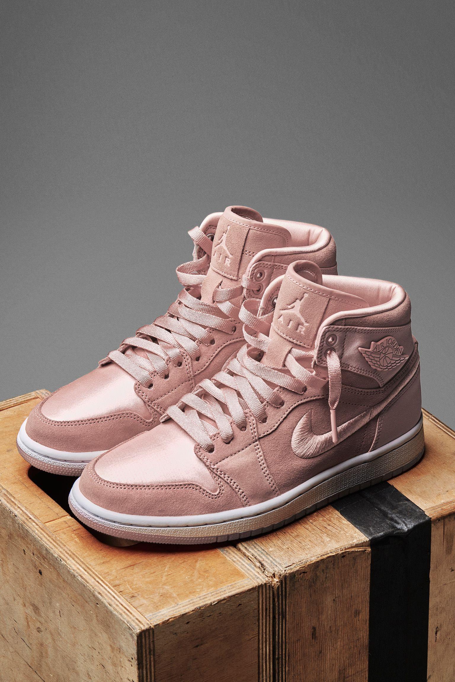 Women s Air Jordan 1 Retro High  Sunset Tint  Release Date. Nike+ SNKRS 0e3f0368c4