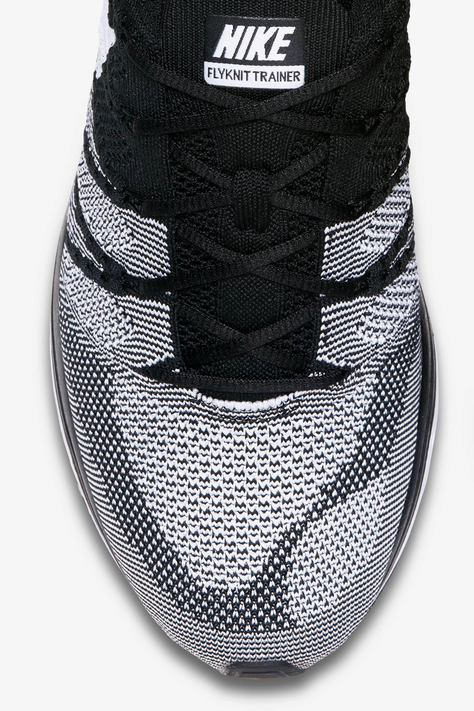 Nike Flyknit Trainer 'Black & White' Release Date