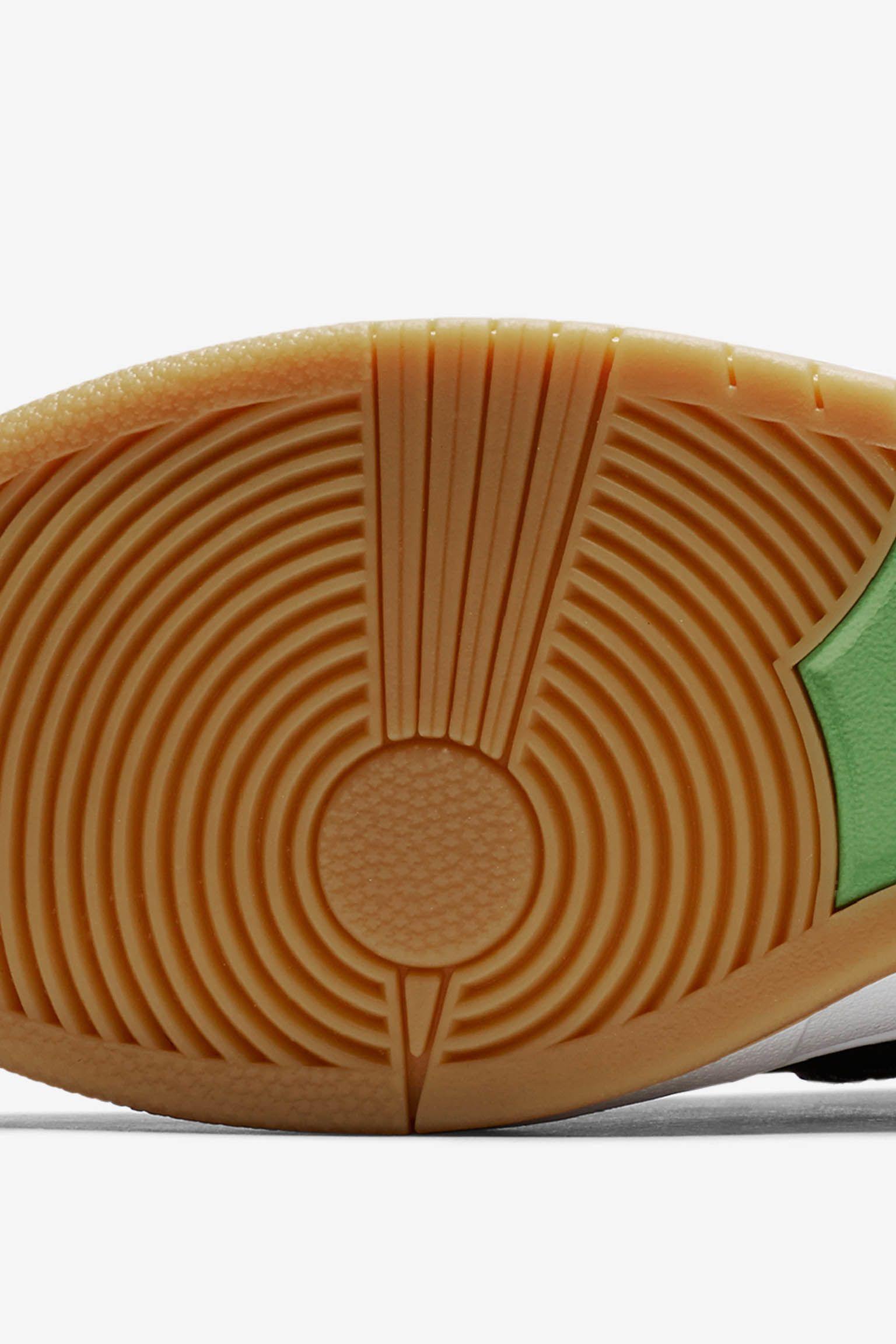 Nike SB Dunk High Pro 'Momofuku'