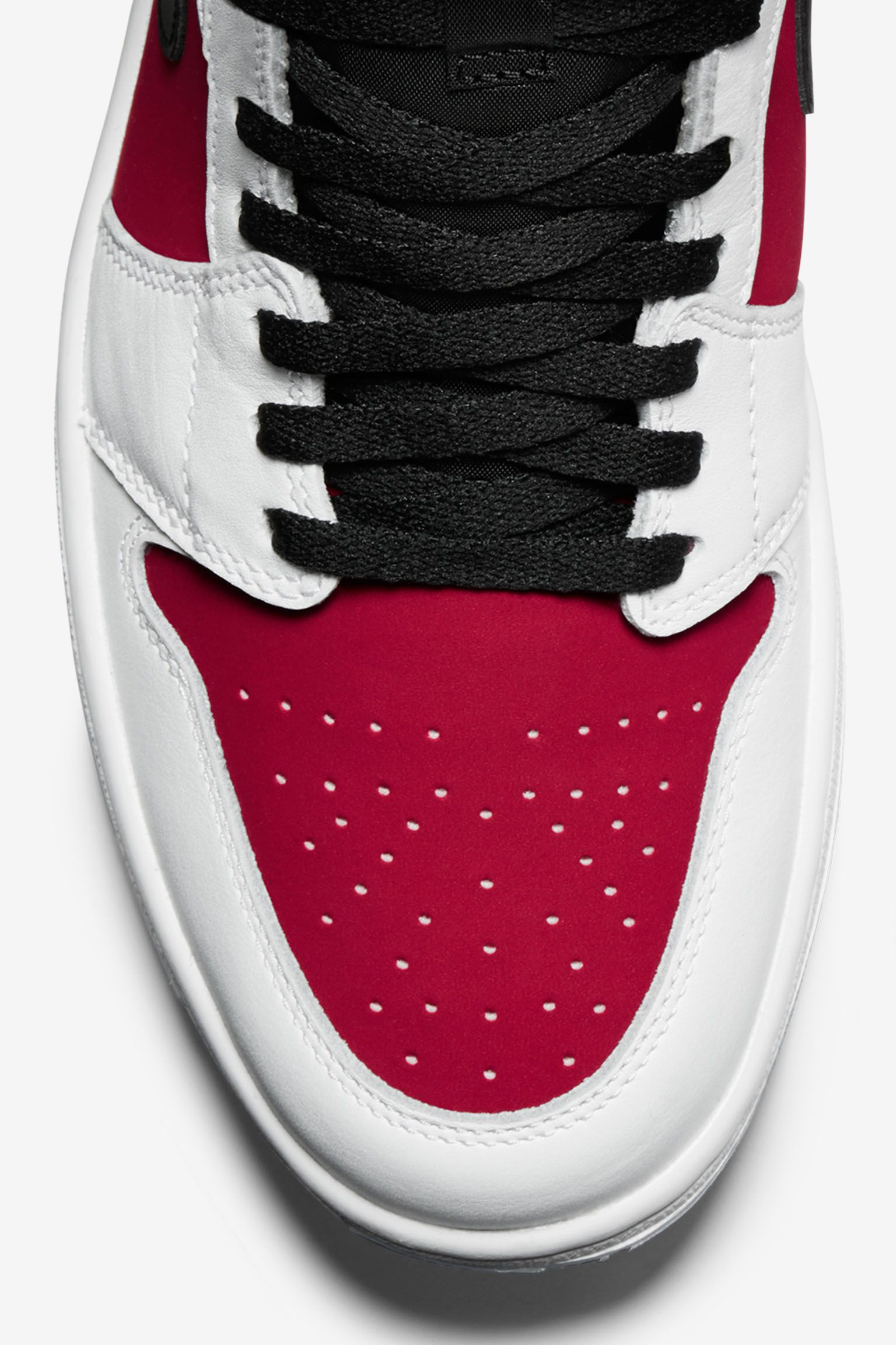Air Jordan 1 Retro 'Carmine'