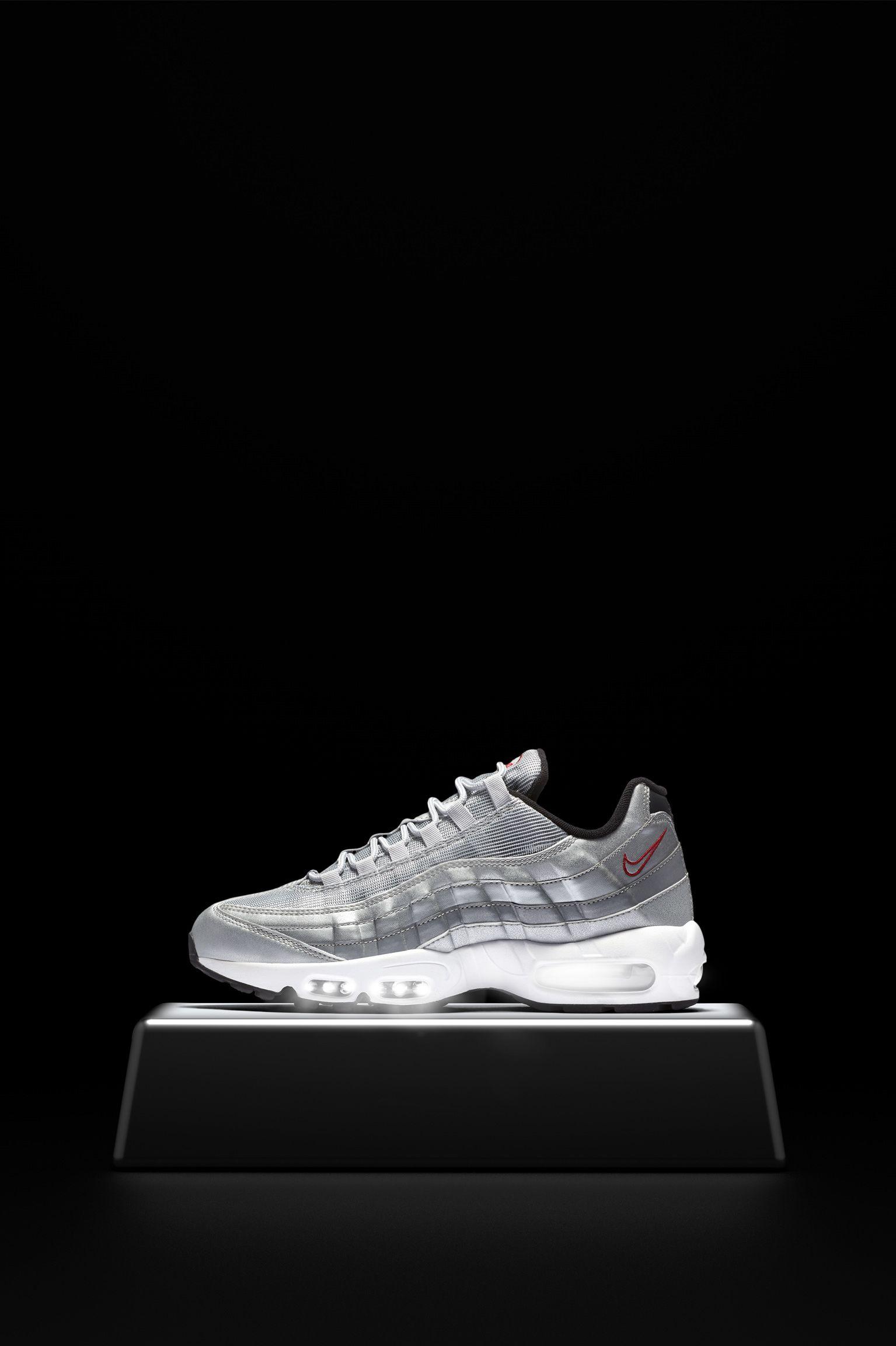 Nike Air Max 95 Premium  Metallic Silver . Nike+ SNKRS 7b4581fd6d