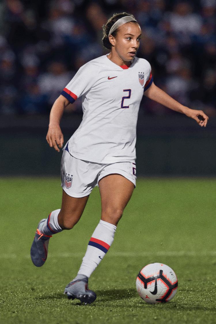 2019 Women's Football World Championship Gear