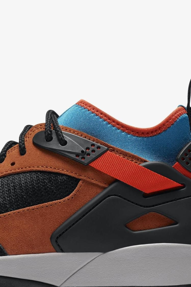 ACG Air Revaderchi 'Black & Dark Russet & Green Abyss' Release Date