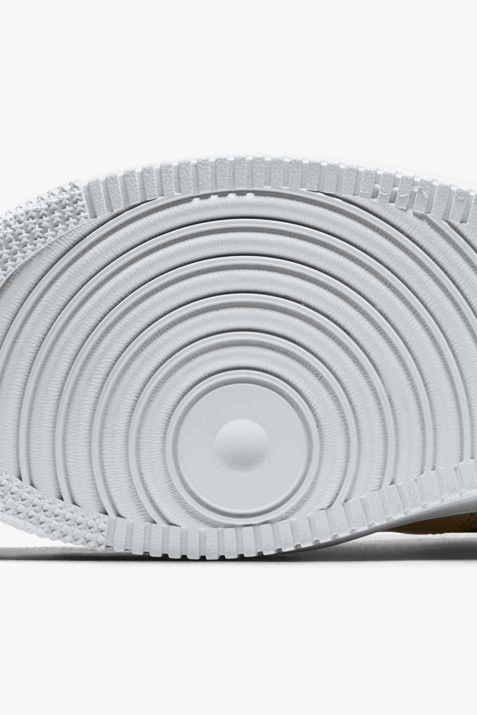 Nike Women's Air Force 1 'Bio Beige & Metallic Silver' Release Date