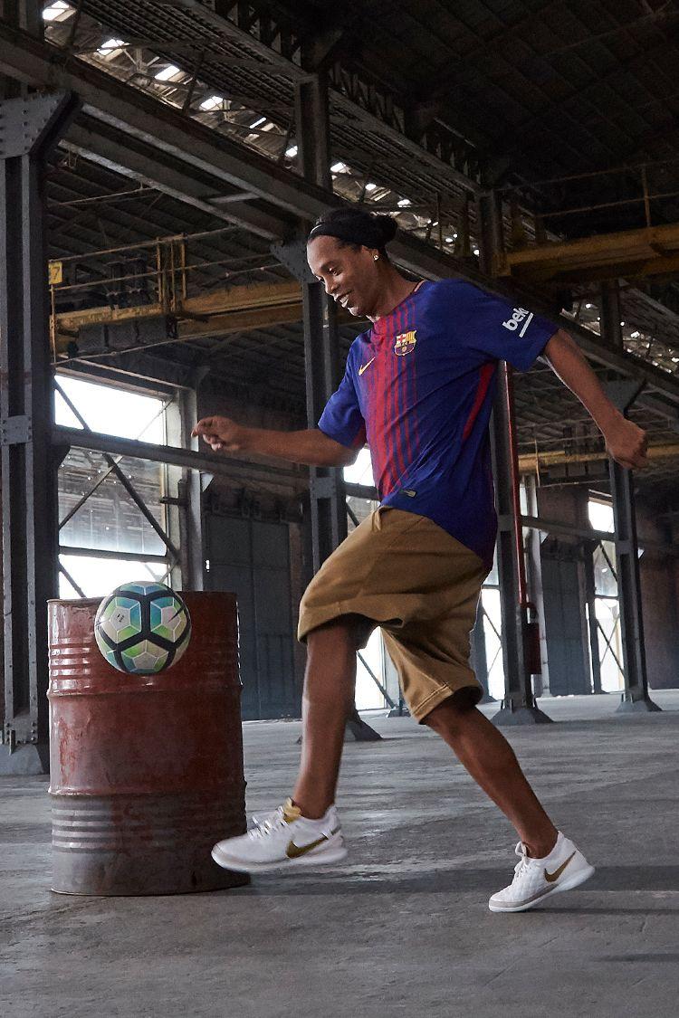 Ronaldinho's playlist