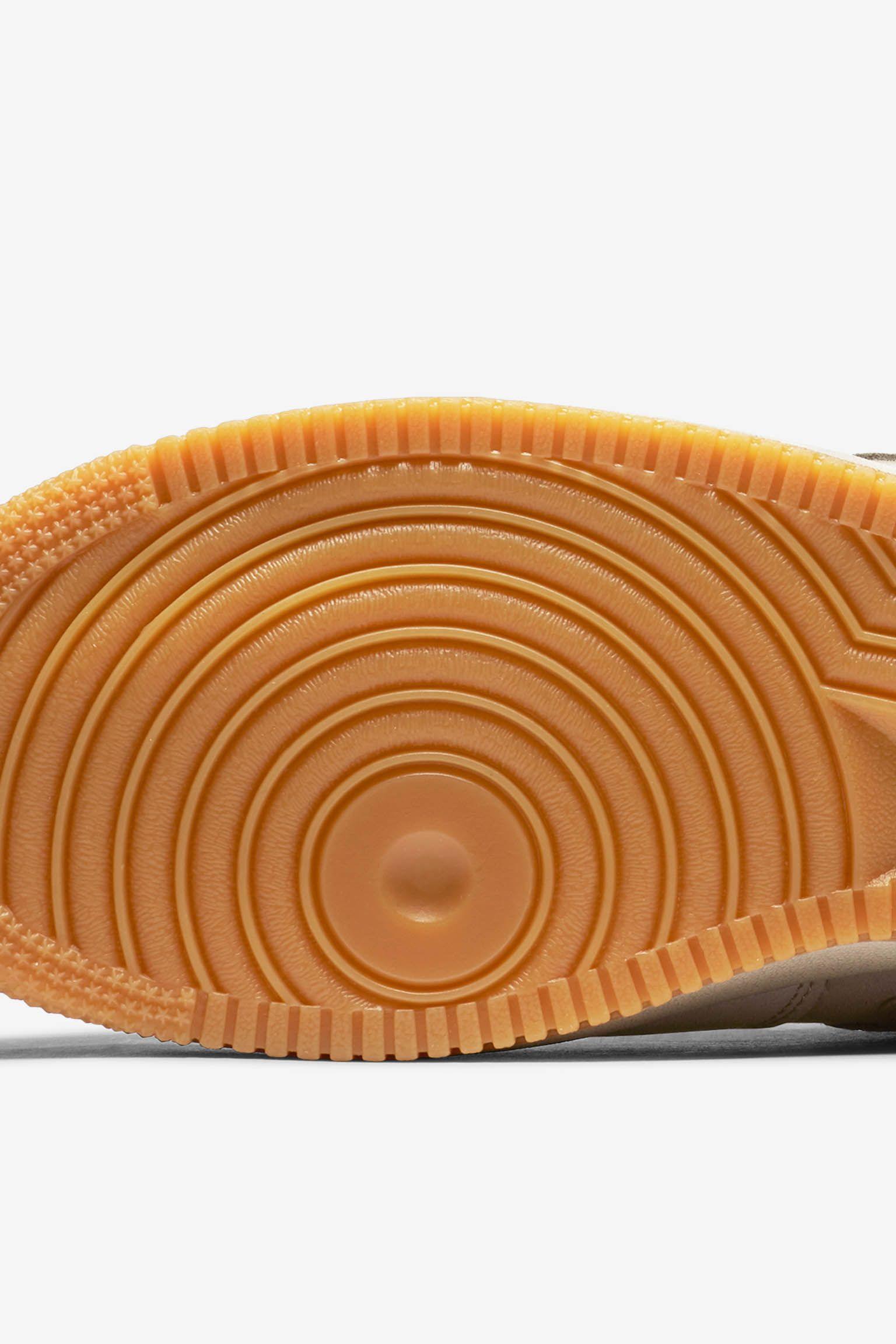 Nike SF AF-1 'String & Gum'