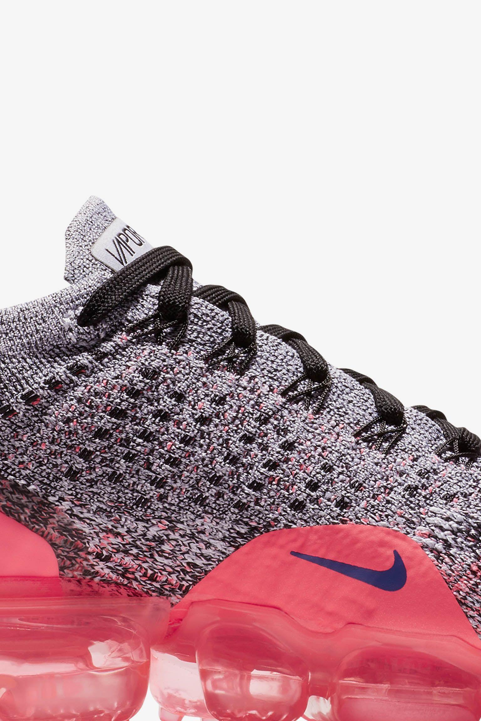 Nike Women's Air Vapormax Flyknit 2 'Ultramarine & Hot Punch' Release Date