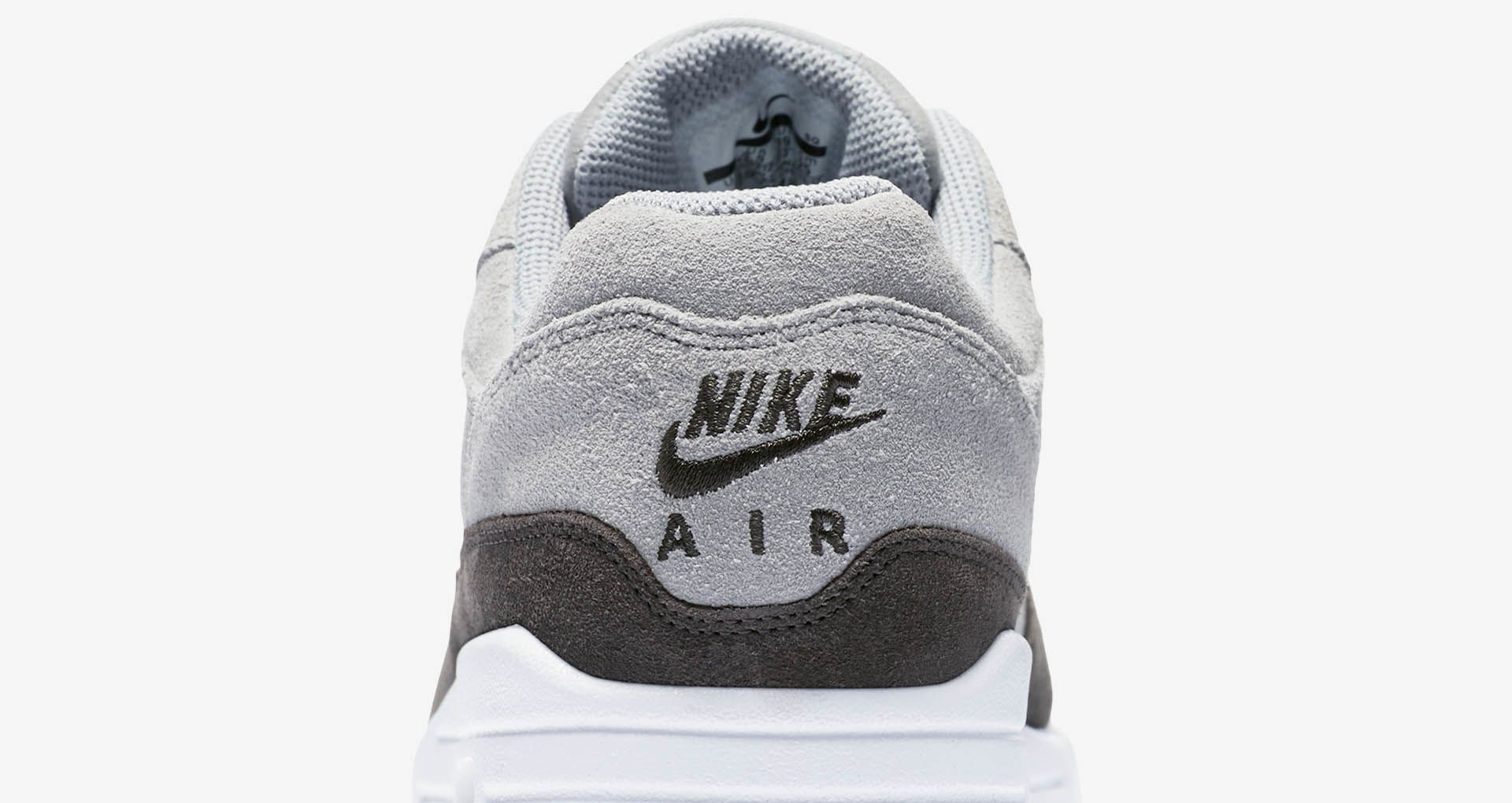 Nike 'wolf Pewteramp; Greyamp; Max Air Women's Metallic 1 Premium 6Yb7fvgy