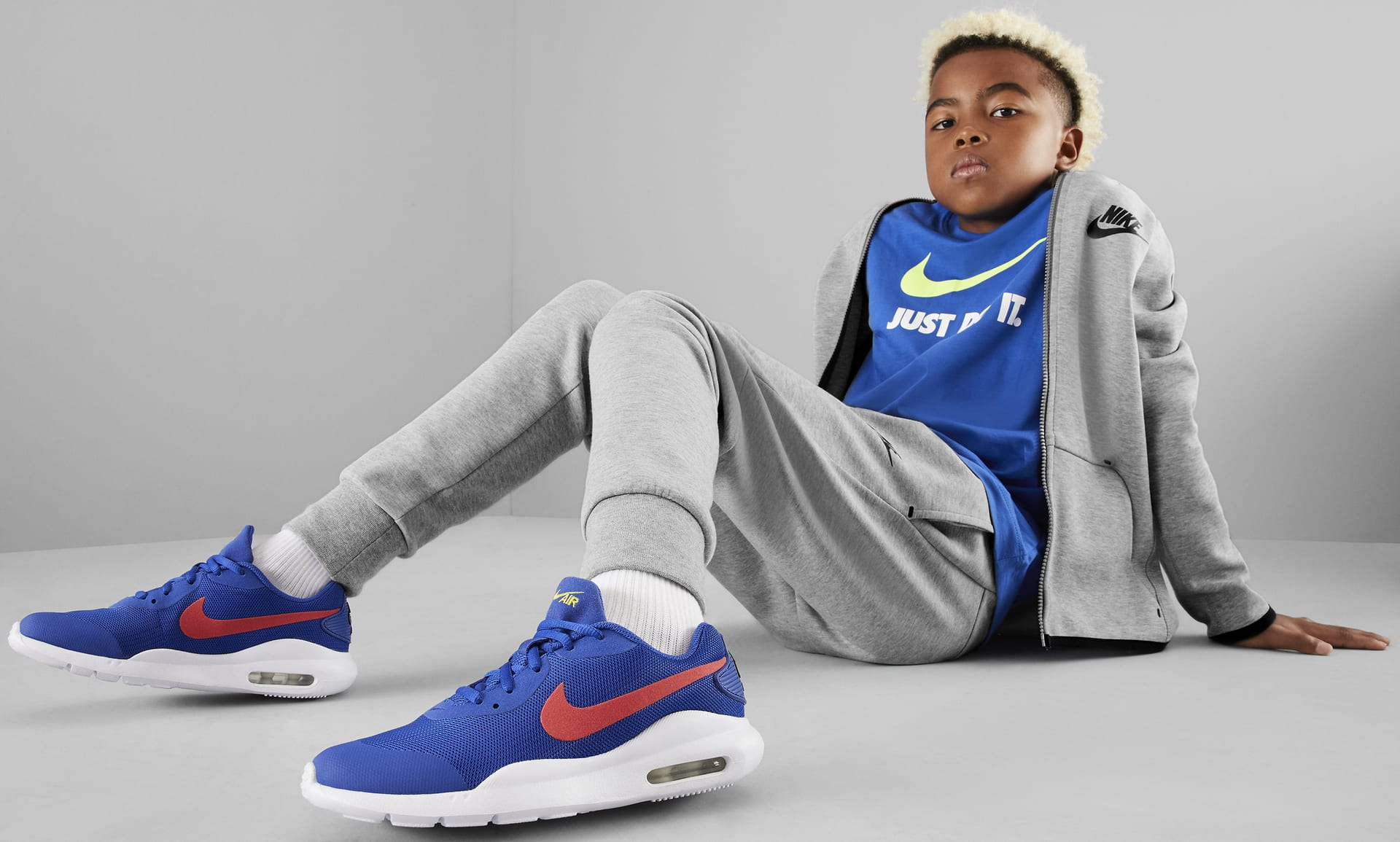 Nike Air Max Oketo Big Kids' Shoe. Nike.com