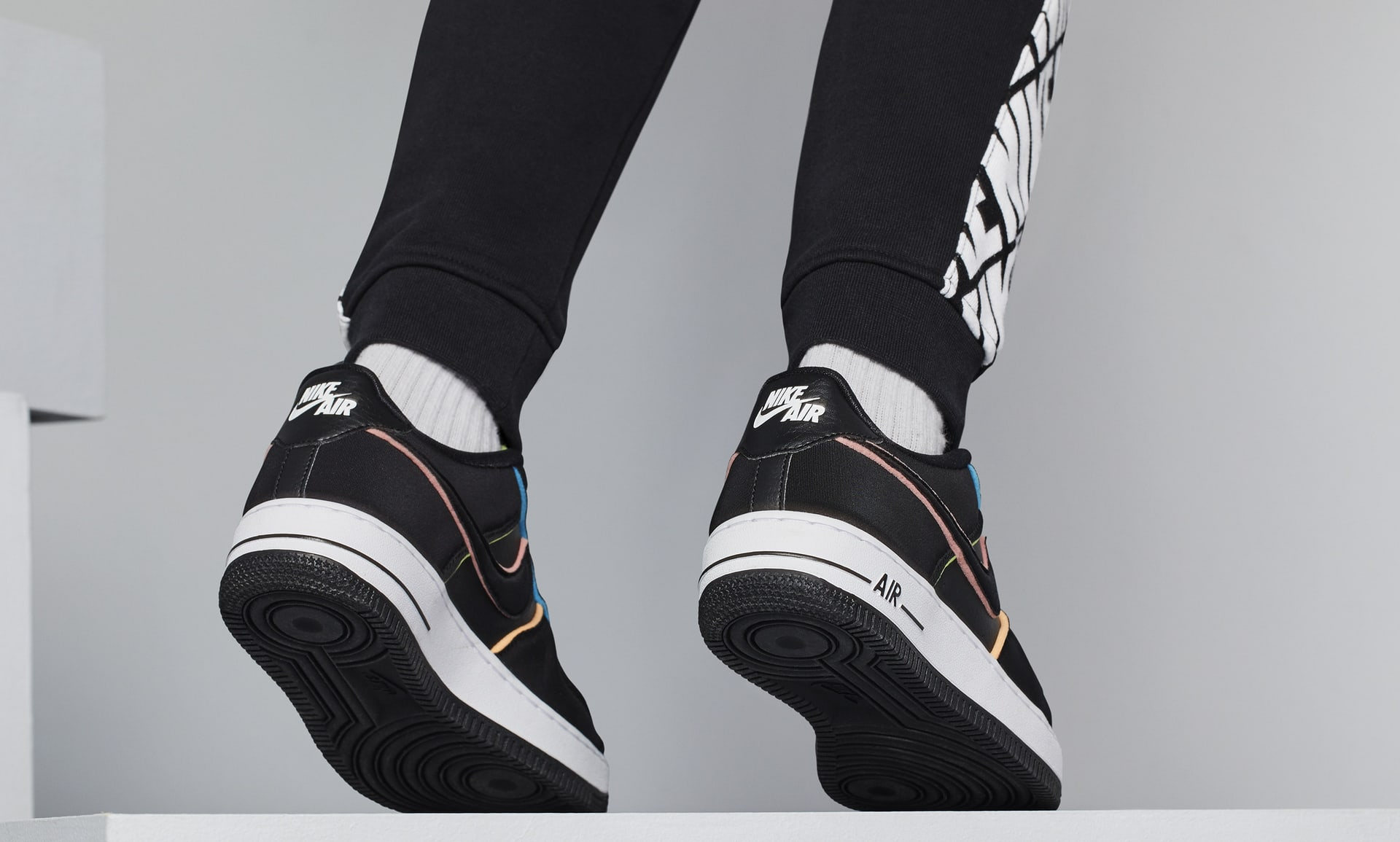 Nike Air Force 1 Lv8 Big Kids Shoe Nike Com