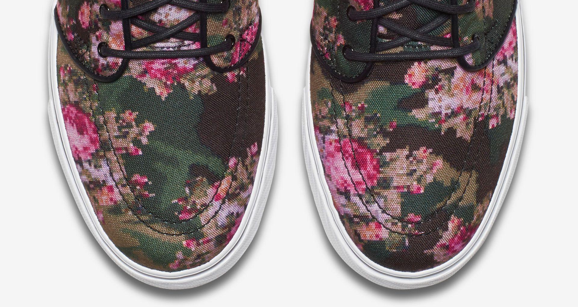 Nike Zoom Stefan Janoski 'Digi Floral'. Nike+ Launch BE