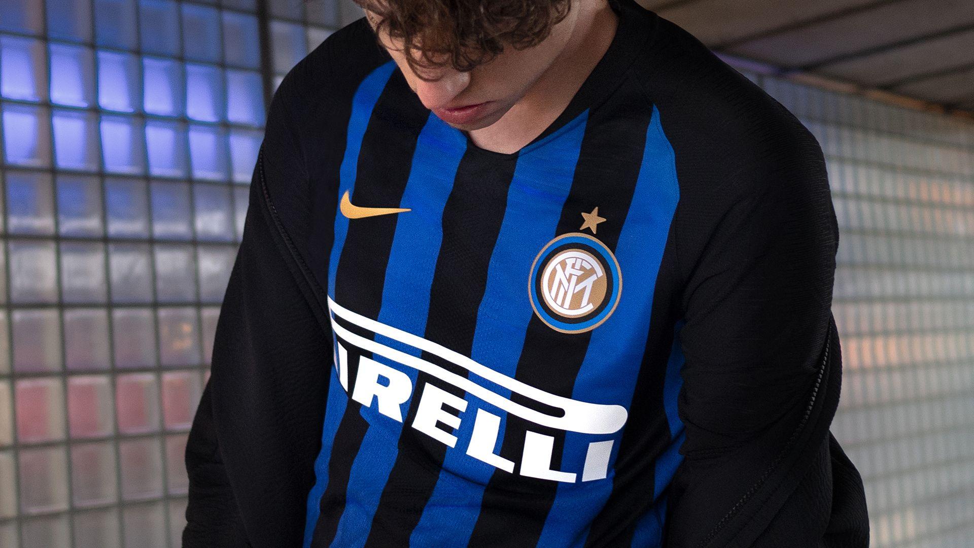 detailed look 46443 536c7 2018/19 Inter Milan Stadium Home Kit. Nike.com