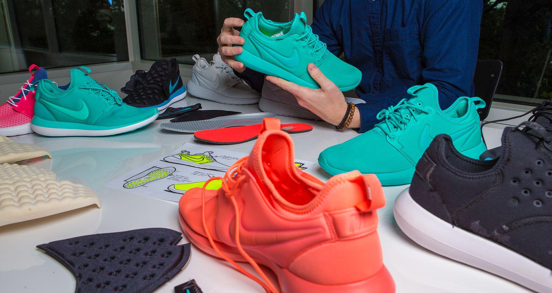 pretty nice f1593 f56af Behind the Design: Nike Roshe 2. Nike+ SNKRS
