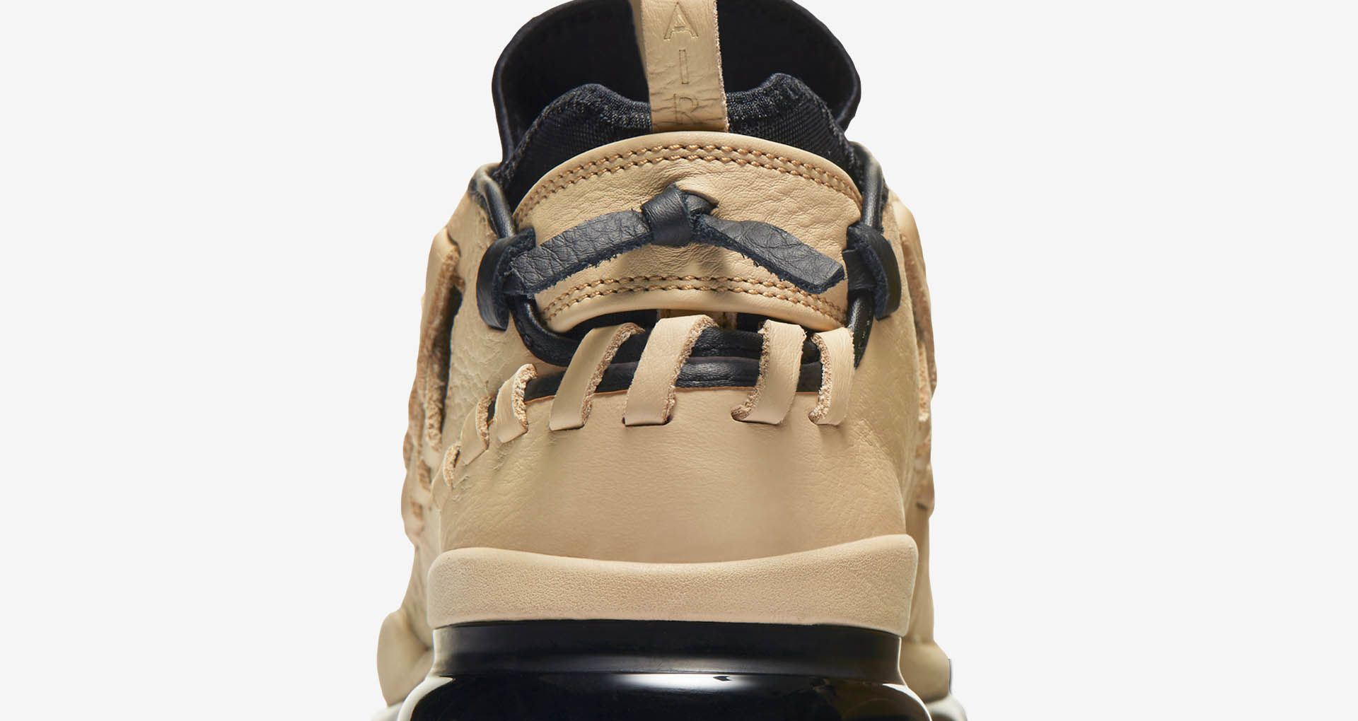 Nike Air Max TR17 'Linen & Black'. Nike SNEAKRS GB