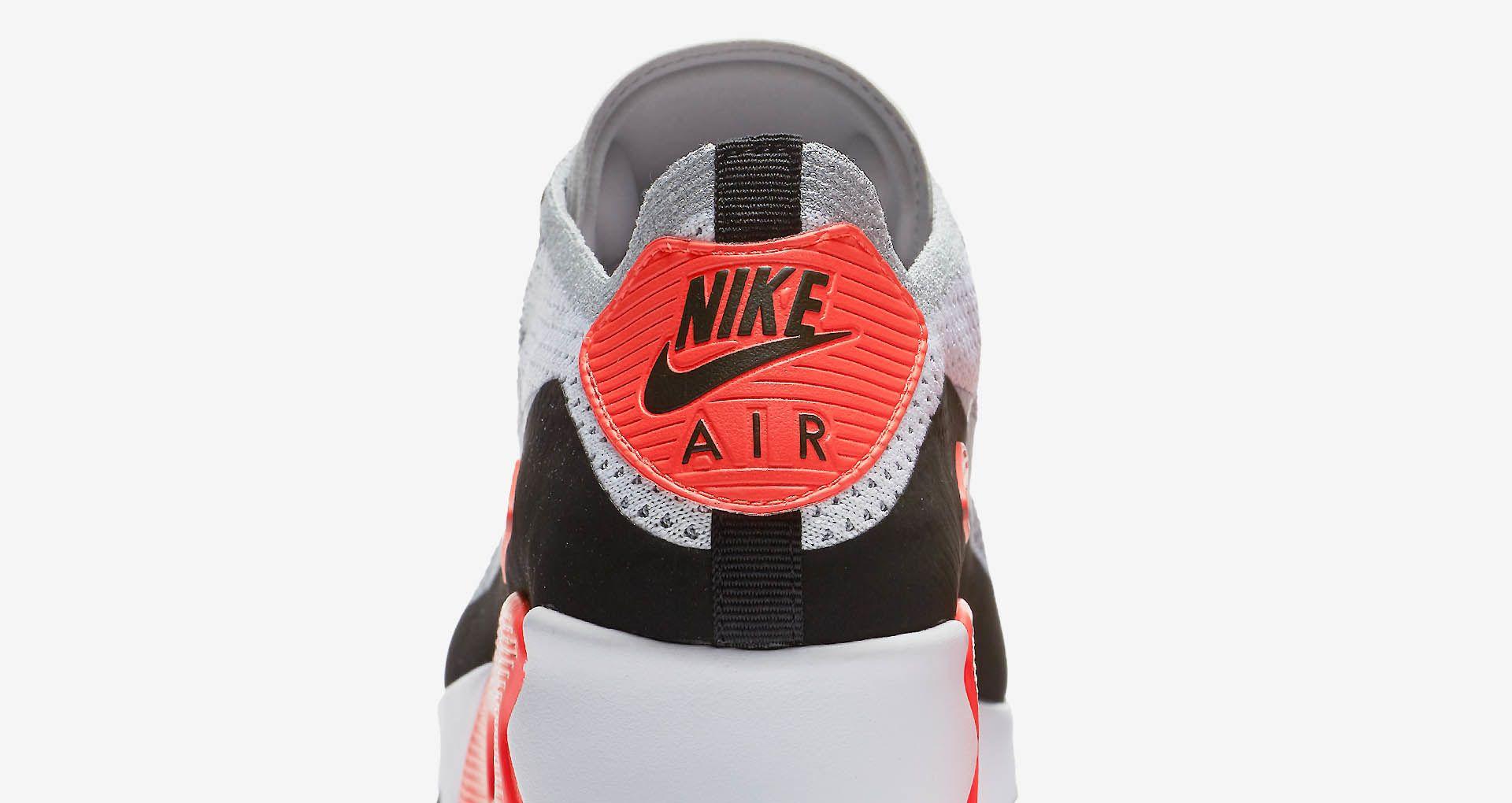 nike air max 90 flyknit foot locker
