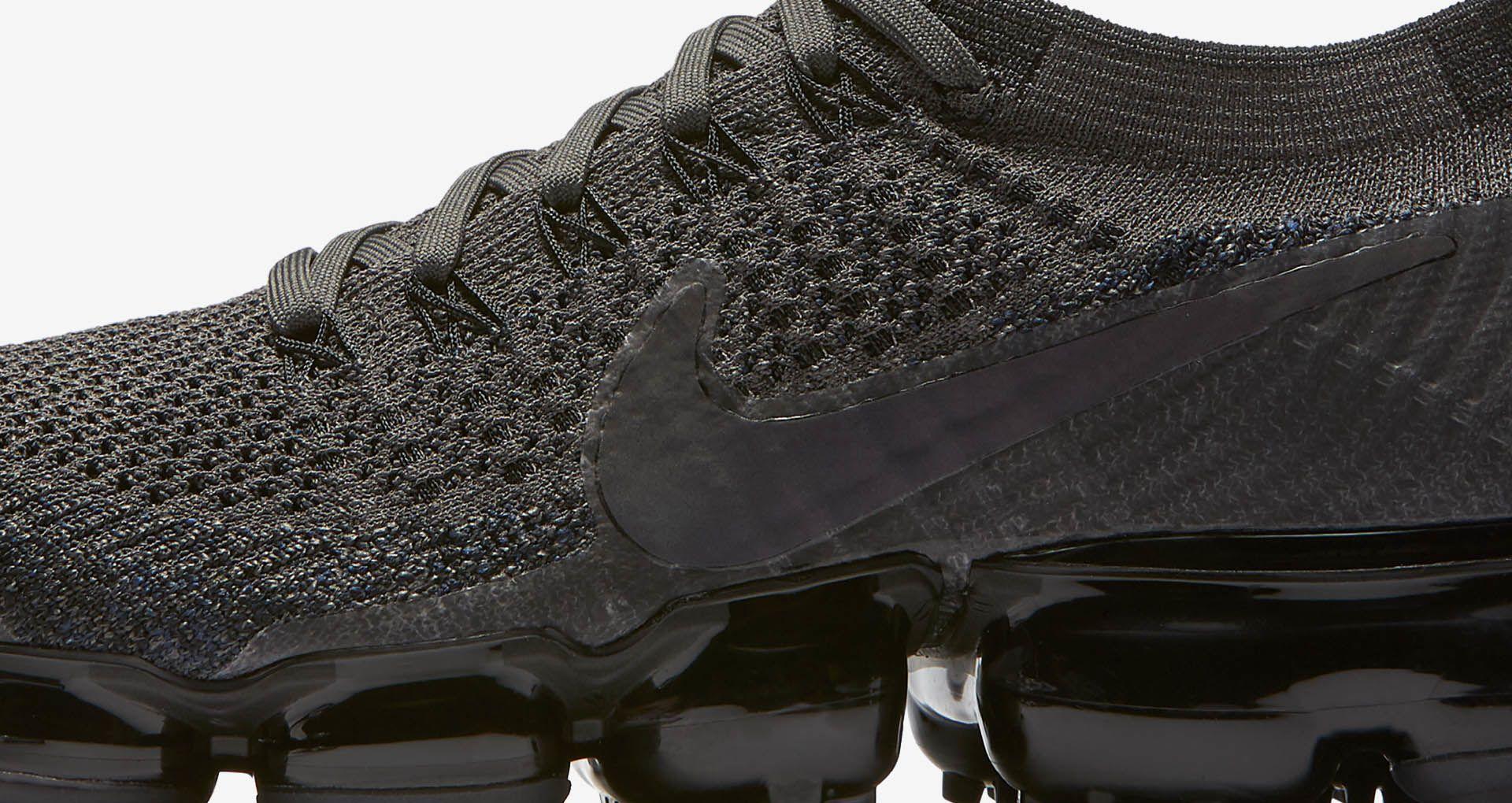 detailed look 2367c a6bea Nike Women's Air Vapormax 'Midnight Fog & Black' Release ...