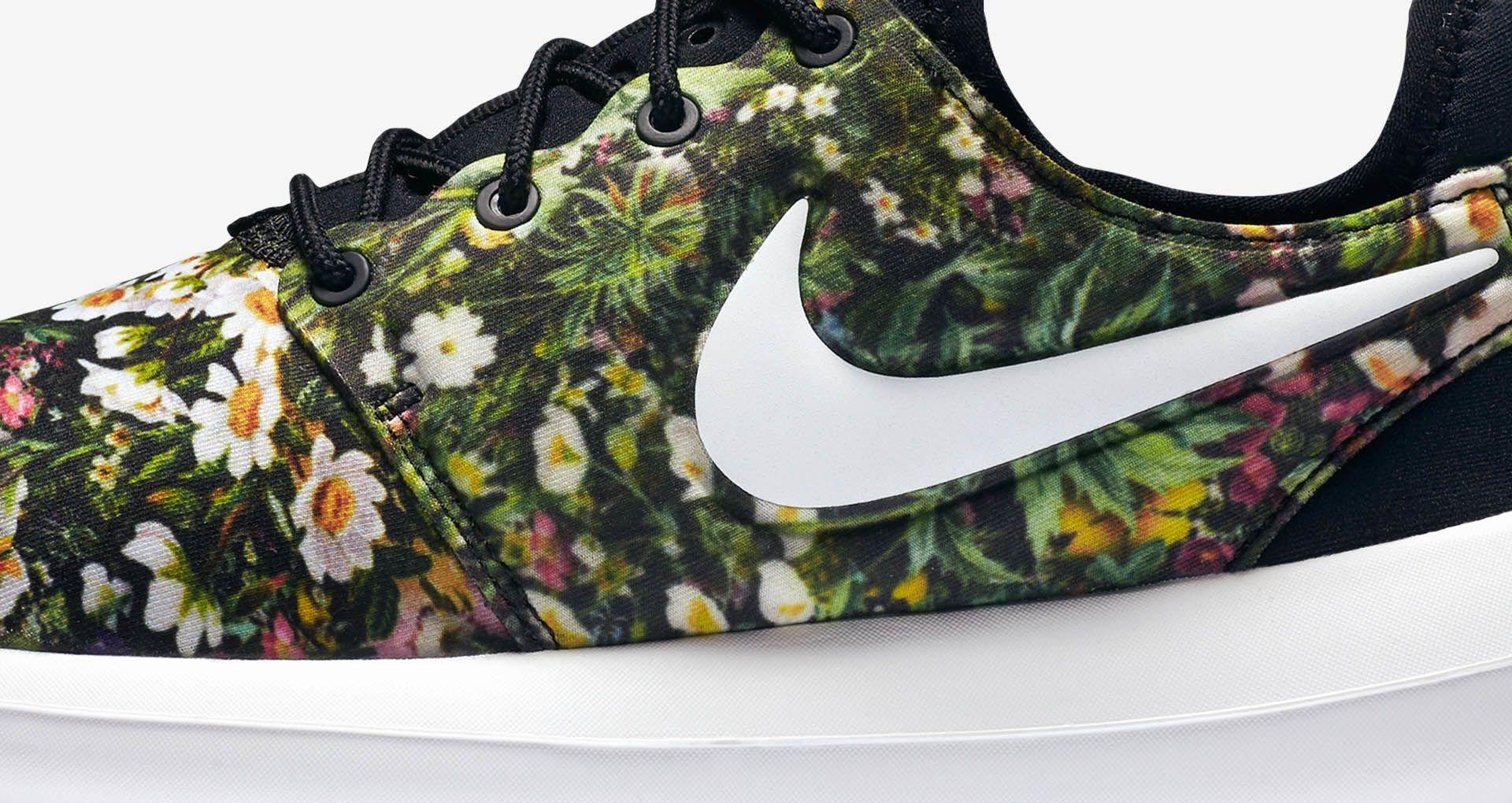 free shipping dc1d7 2b6ba Women s Nike Roshe Two Print  Spring ...