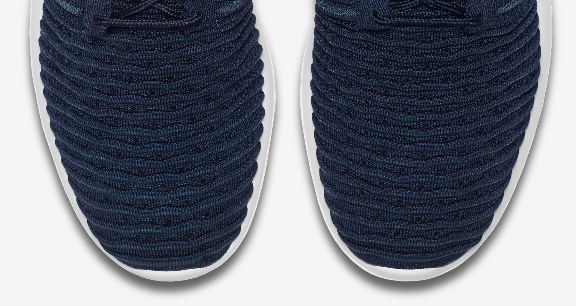 cheap for discount 9b44e 6035a Nike Roshe 2 Flyknit 'College Navy & White'. Nike+ SNKRS
