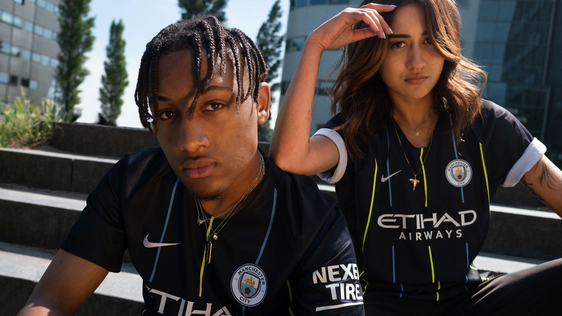 info for fc74c cbfe2 Manchester City 2018/19 Stadium Away Shirt. Nike.com GB